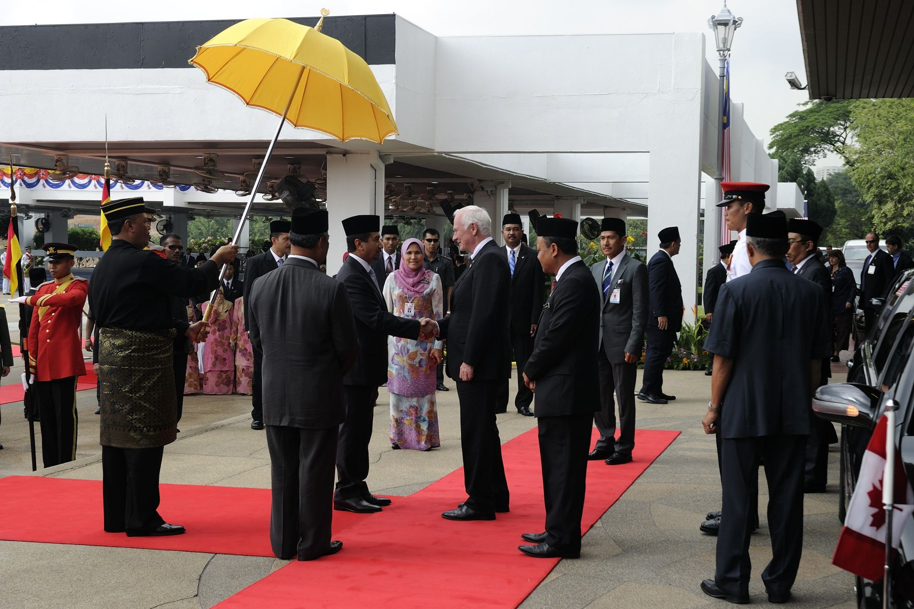 The Governor General was officially welcomed to Malaysia by His Majesty The Yang di-Pertuan Agong, King of Malaysia, during a ceremony with full military honours in Parliament Square, Kuala Lumpur.