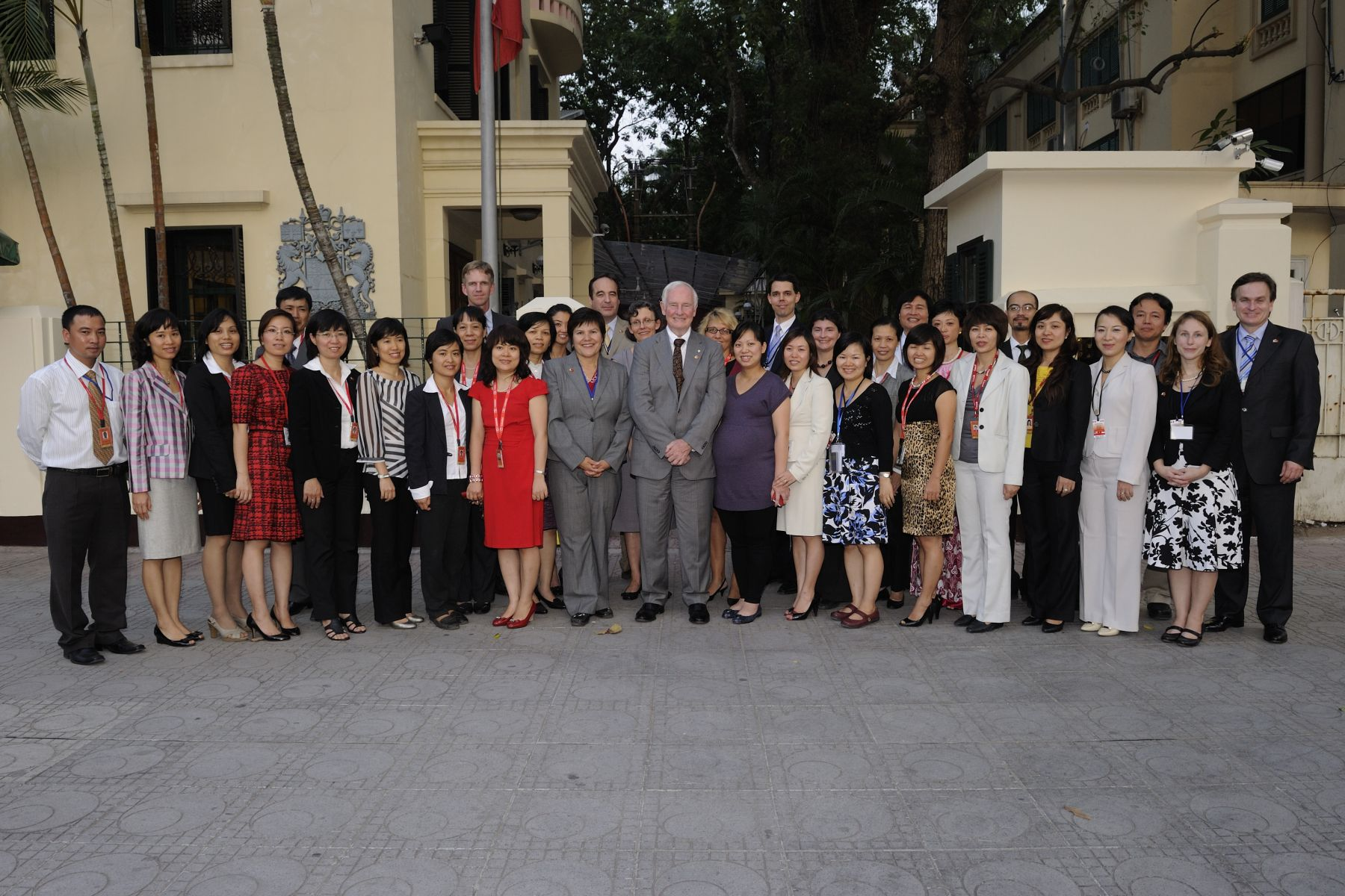 The Governor General met with employees of the Embassy of Canada to Vietnam.