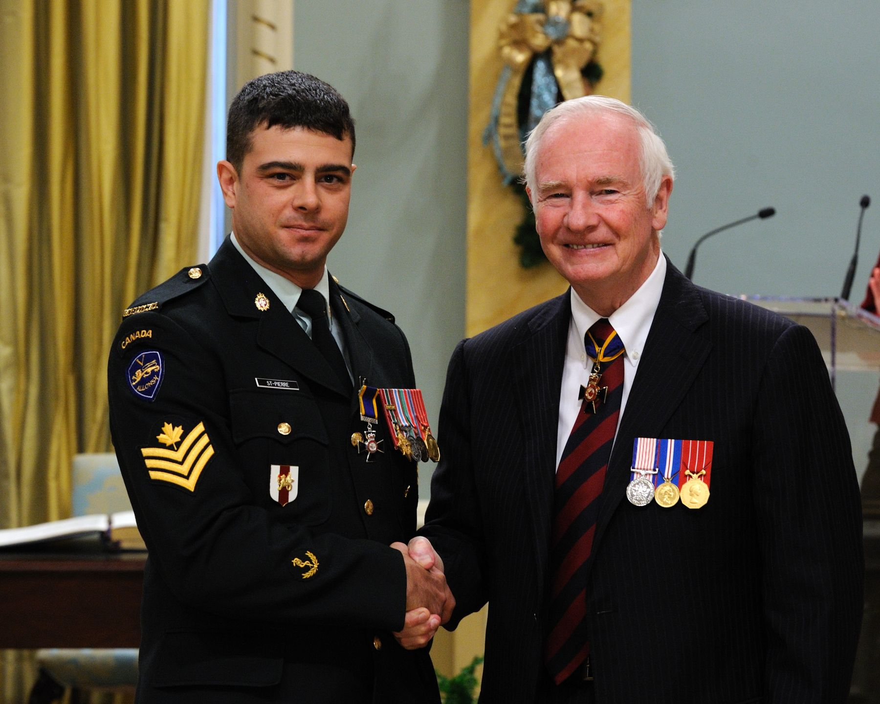 His Excellency presented the Order of Military Merit at the Member level (M.M.M.) to Sergeant Yan St-Pierre, M.M.M., C.D., 5 Field Ambulance, Courcelette, Quebec.