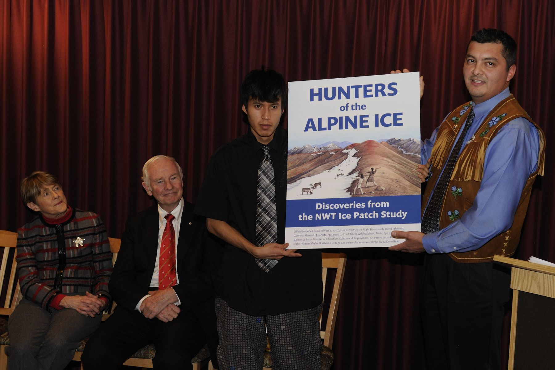 The Honourable Jackson Lafferty, Minister of Education, Culture and Employment presented the new exhibit, which is based on the book Hunters of the Alpine Ice: The NWT Ice Patch Study, which draws on the expertise of archaeologists, Aboriginal Elders, biologists, geologists and educators to highlight what the North was like as far back as 5 000 years ago.