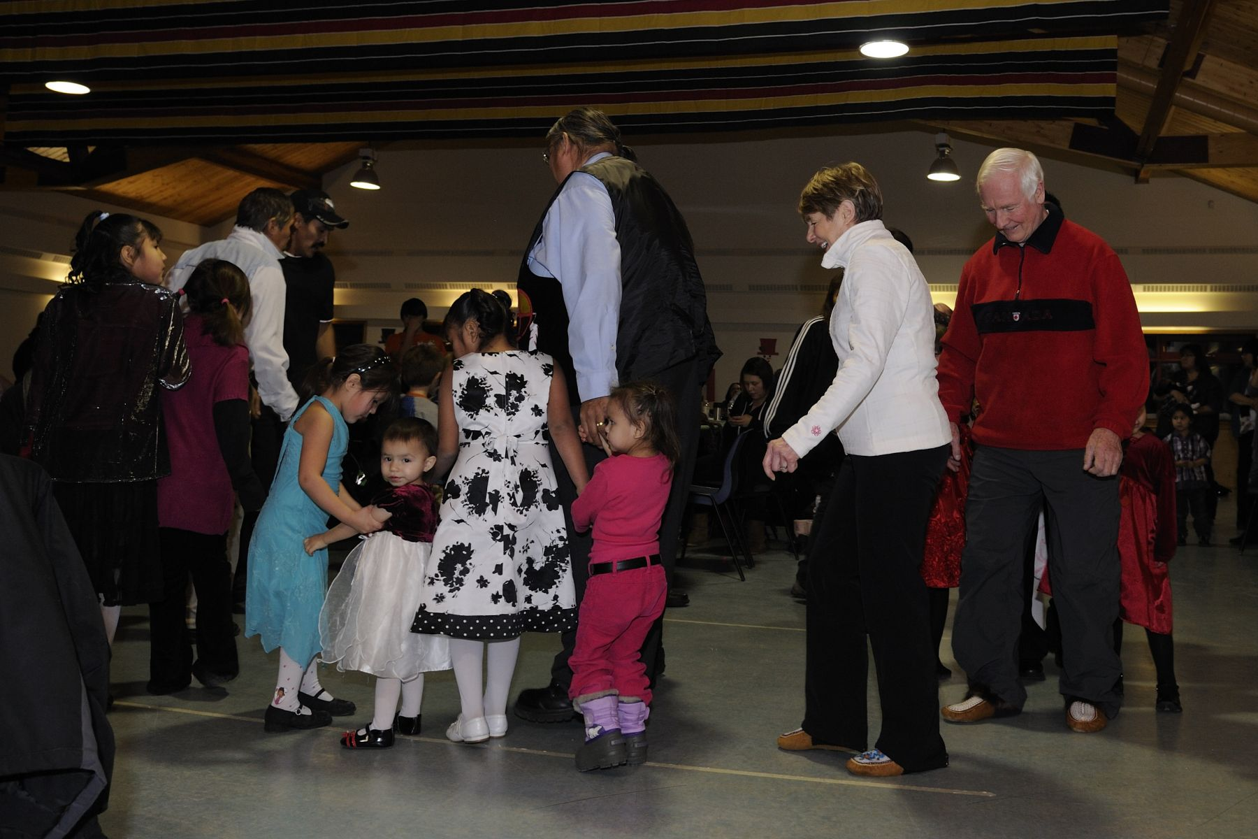 The Governor General and Mrs. Sharon Johnston joined the community members and danced to the sound of drums.