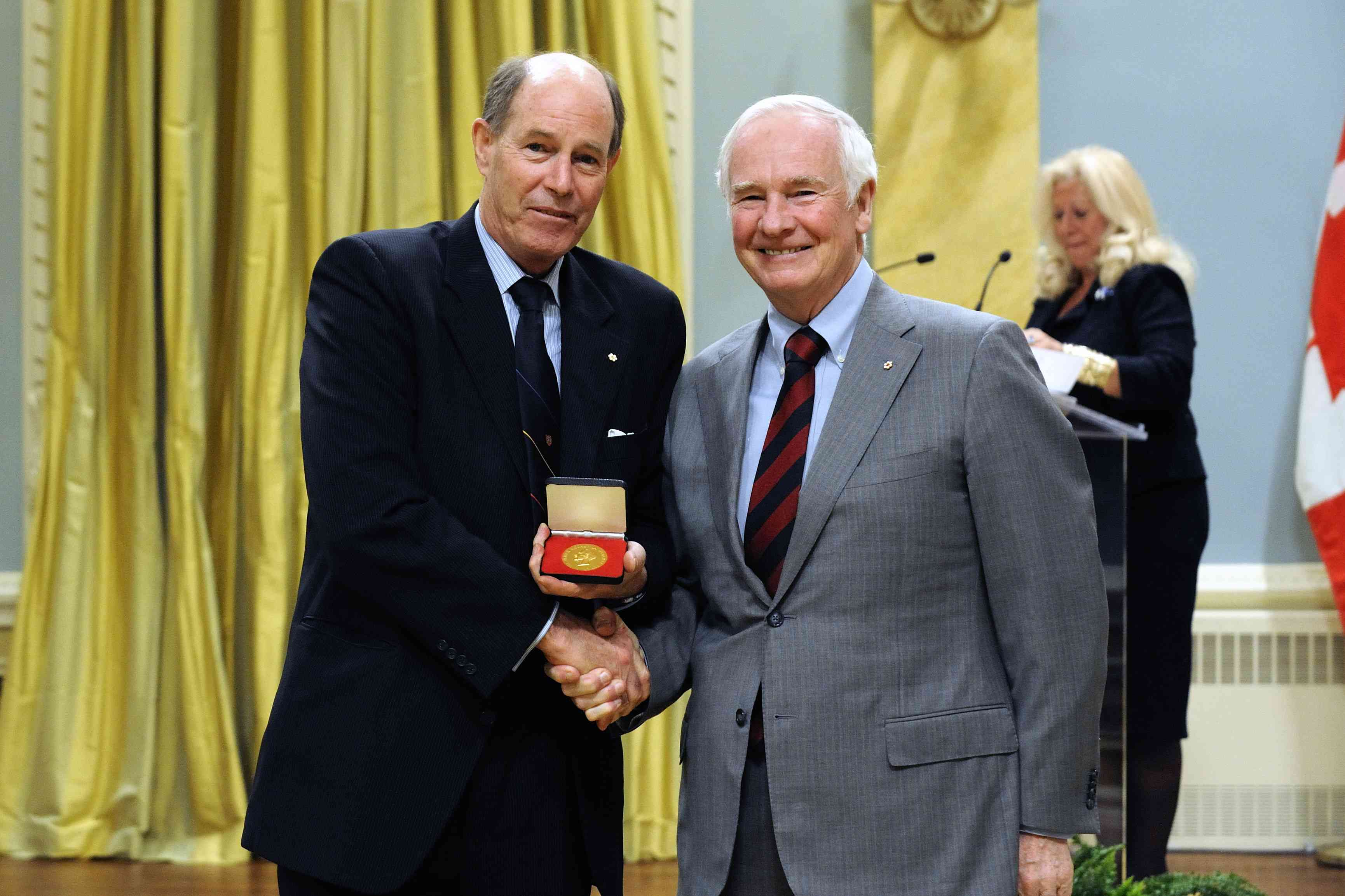 Dr. David Dodge is the recipient of the 2011 Vanier Medal. This medal is awarded annually to a person who has shown distinctive leadership and has made significant contributions to the fields of public administration and public service in Canada.