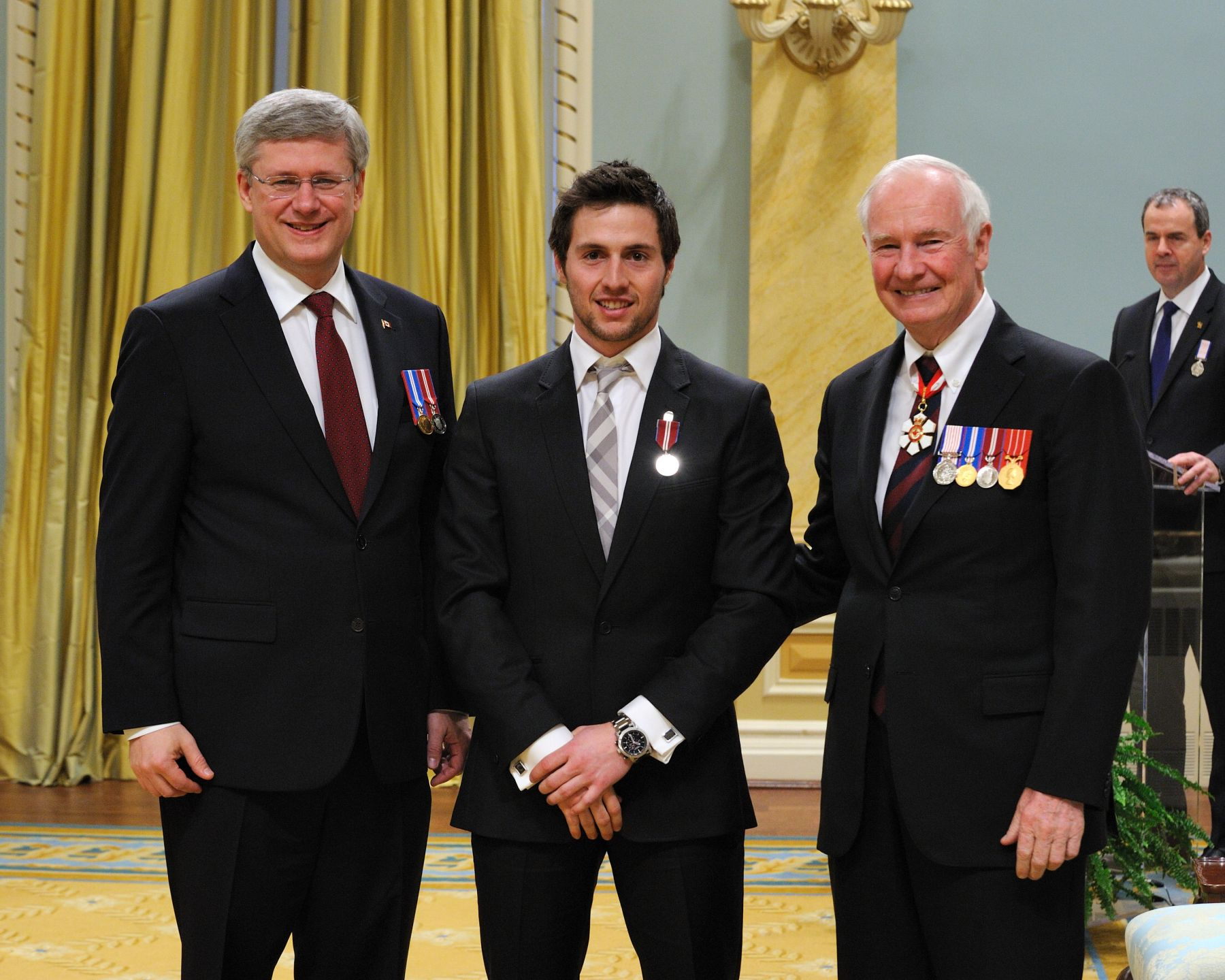 Alexandre Bilodeau (Montréal, Quebec), was recognized for his contributions to sports and for inspiring others to follow their golden dreams.