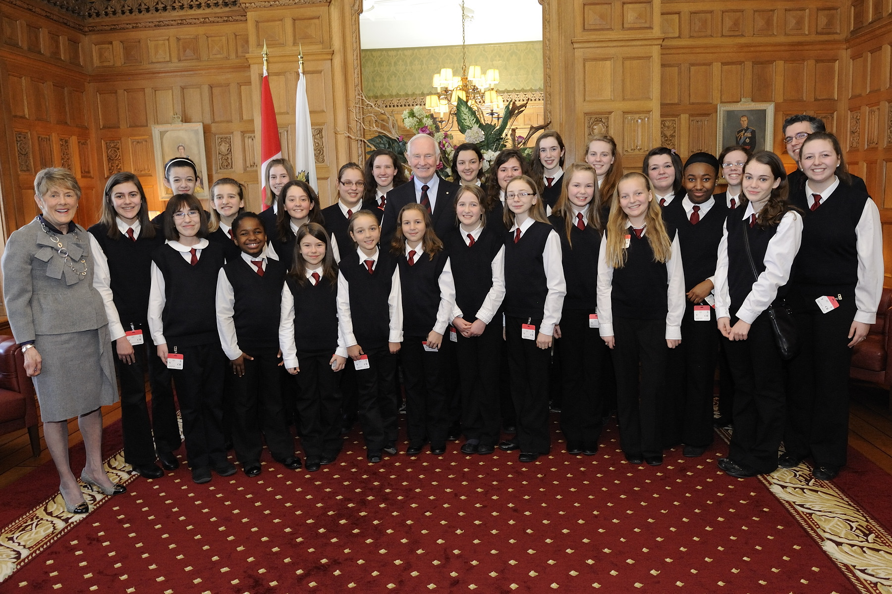 During the ceremony, Christ Church Cathedral Girls' Choir sang the National and the Royal anthems.