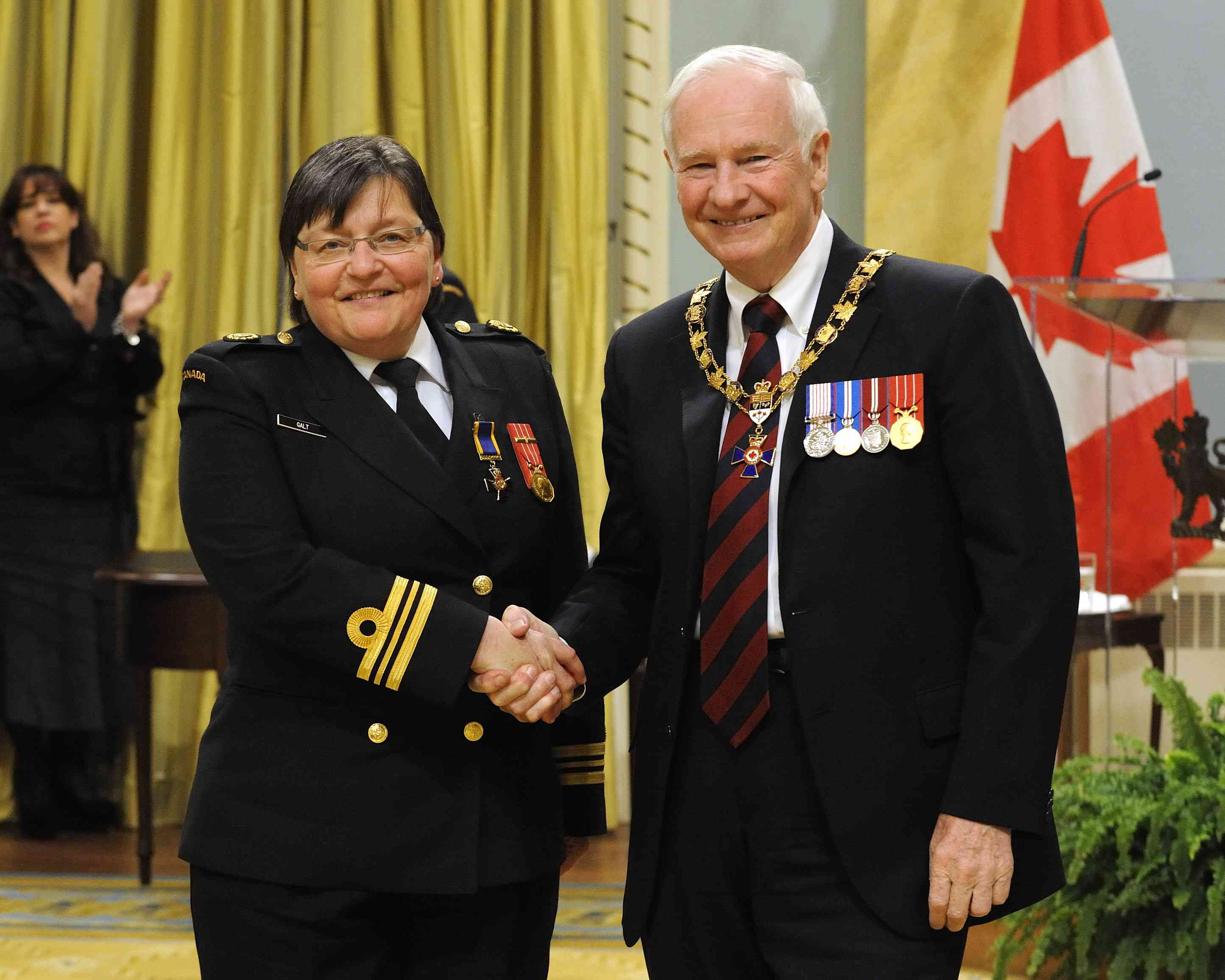 His Excellency presented the Order of Military Merit at the Officer level (O.M.M.) to Lieutenant-Commander Cindy Galt, O.M.M., C.D., 1231 Royal Canadian Army Cadet Corps,