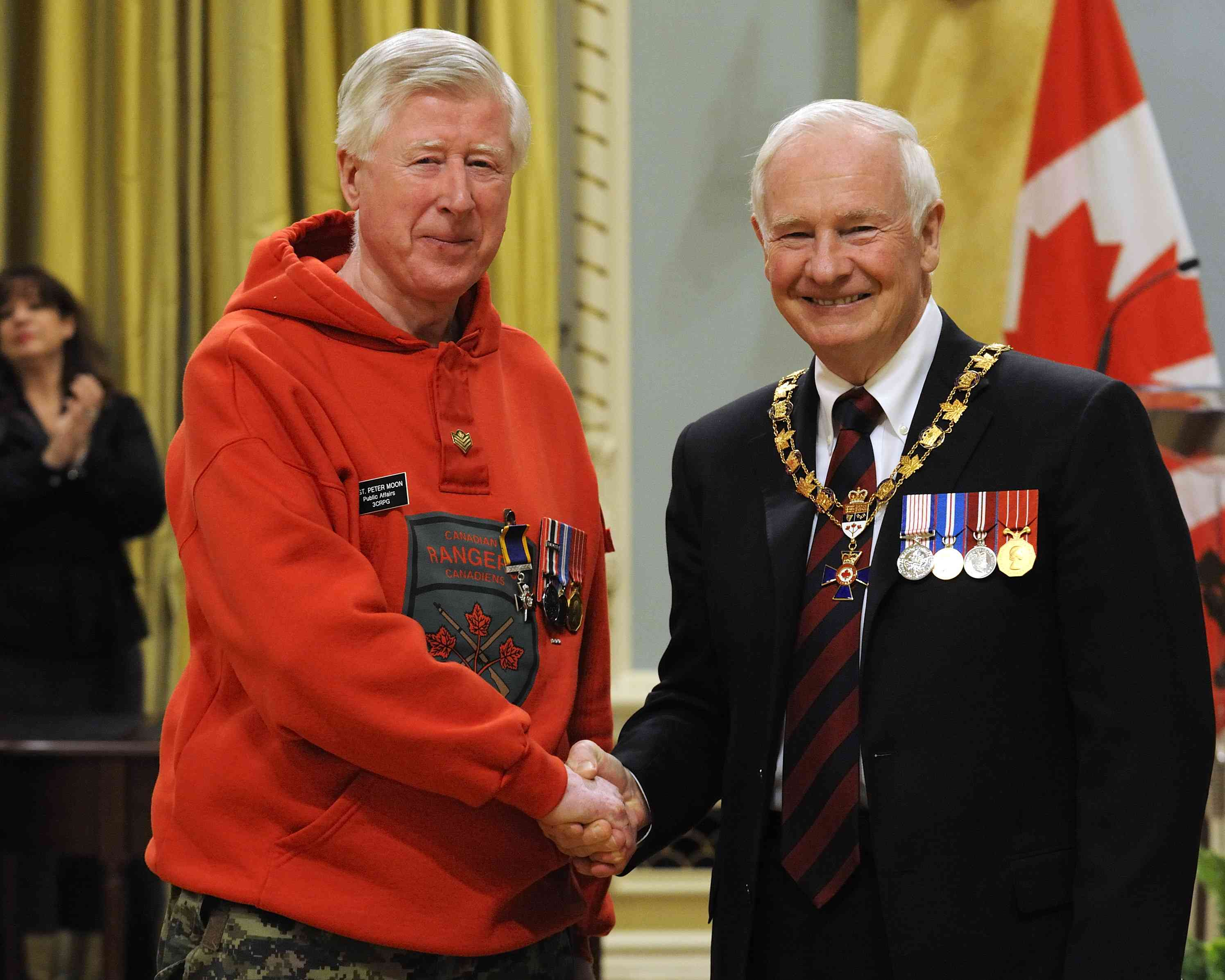His Excellency presented the Order of Military Merit at the Member level (M.M.M.) to Sergeant Peter Moon, M.M.M., C.D., 3rd Canadian Ranger Patrol Group, Borden, Ont.