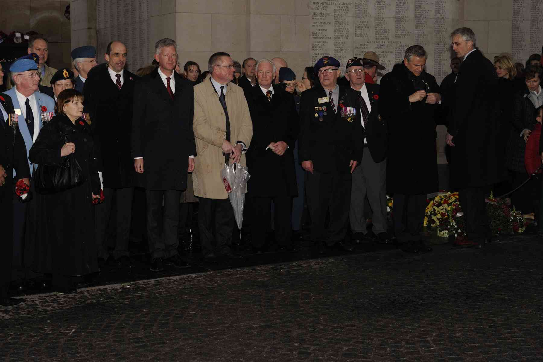 After the war, Menin Gate, a 17th century gate in the eastern ramparts of Ypres (Ieper), was chosen as the site of a Memorial Arch. The Arch commemorates, by name, nearly 55 000 dead of the armies of the Commonwealth who fell in Belgium. Of these, 6 940 are Canadians.