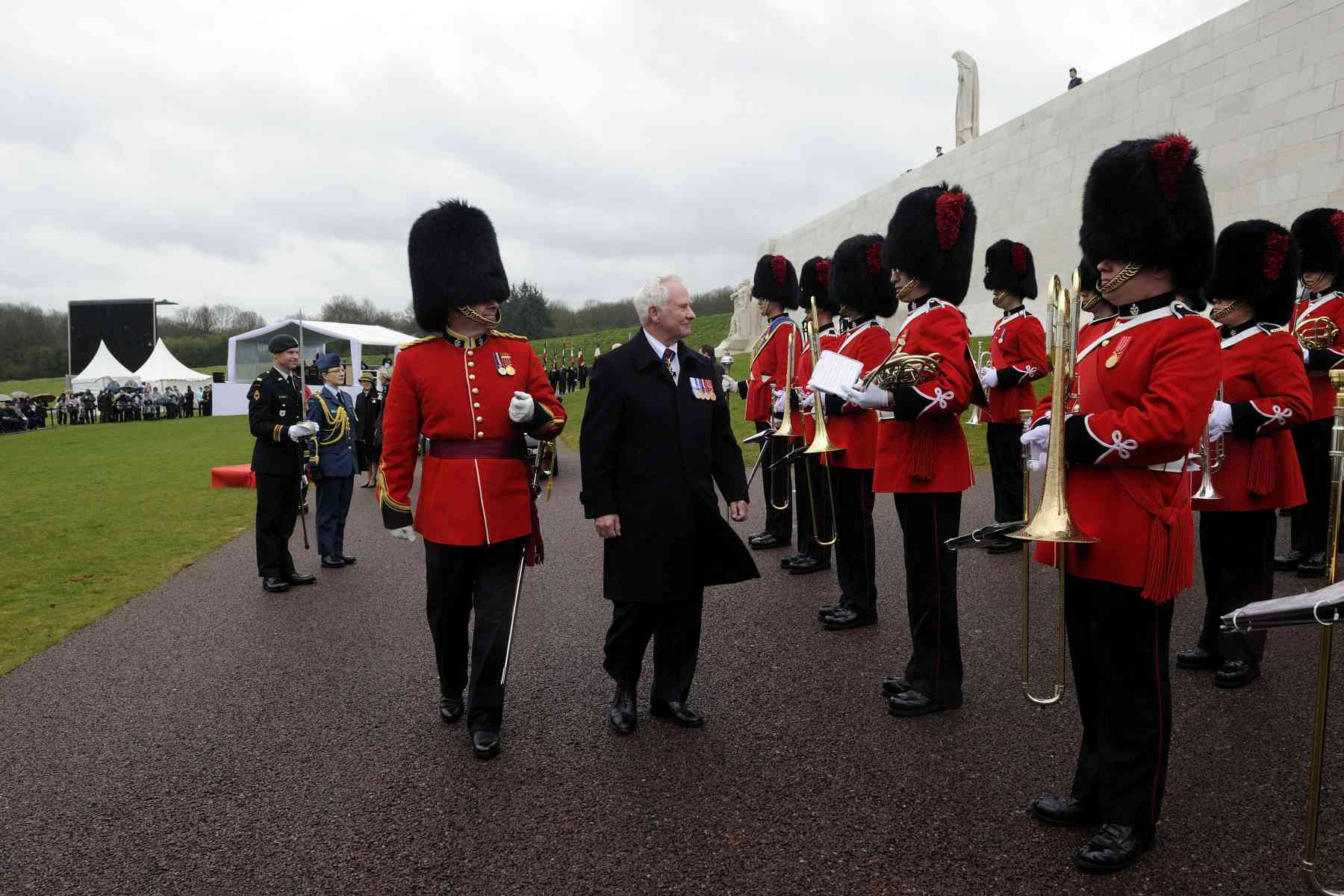 The Governor General and Commander-in-Chief proceeded with an inspection of the guard.