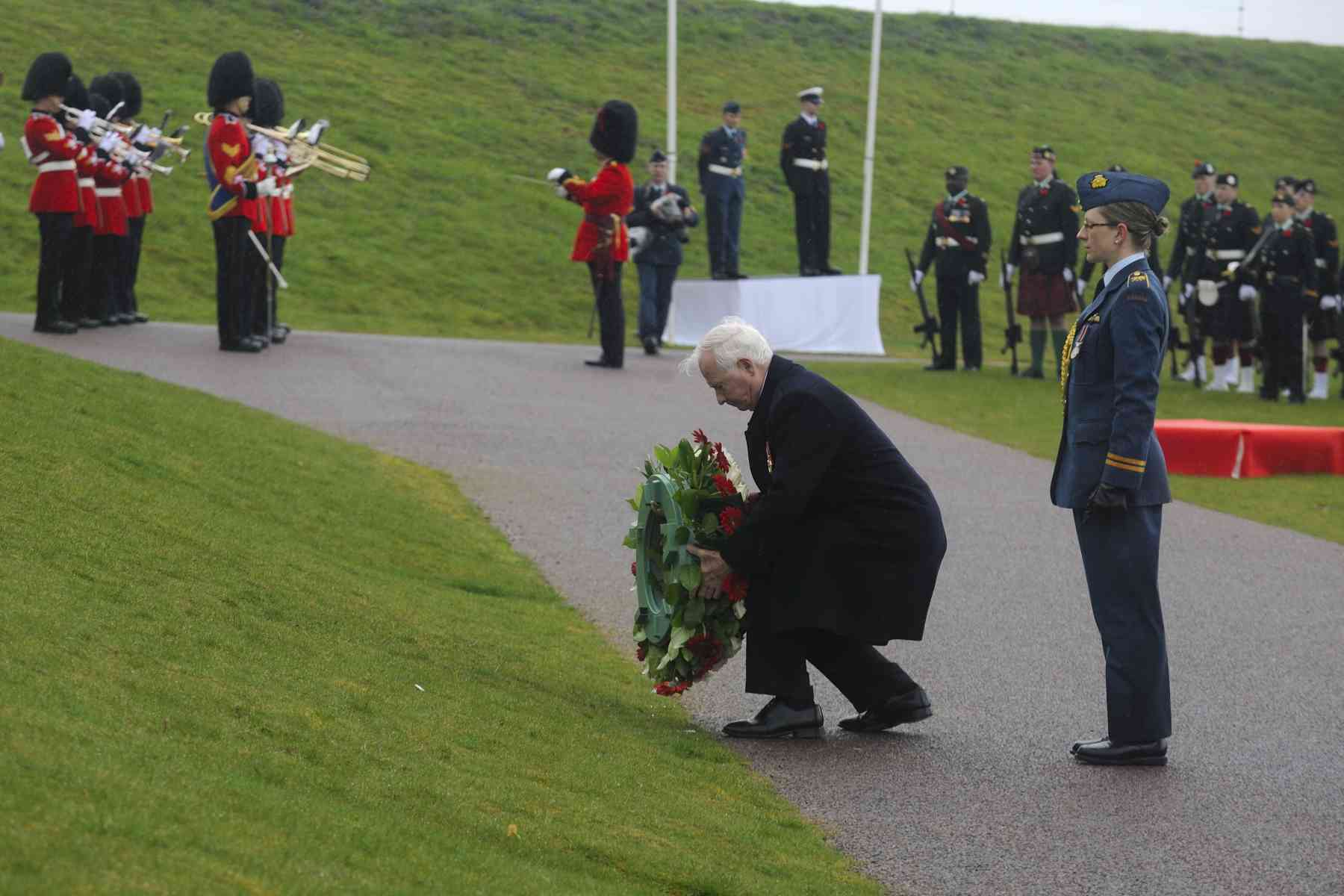 The Governor General also laid a wreath of flowers at the Canadian National Vimy Memorial.