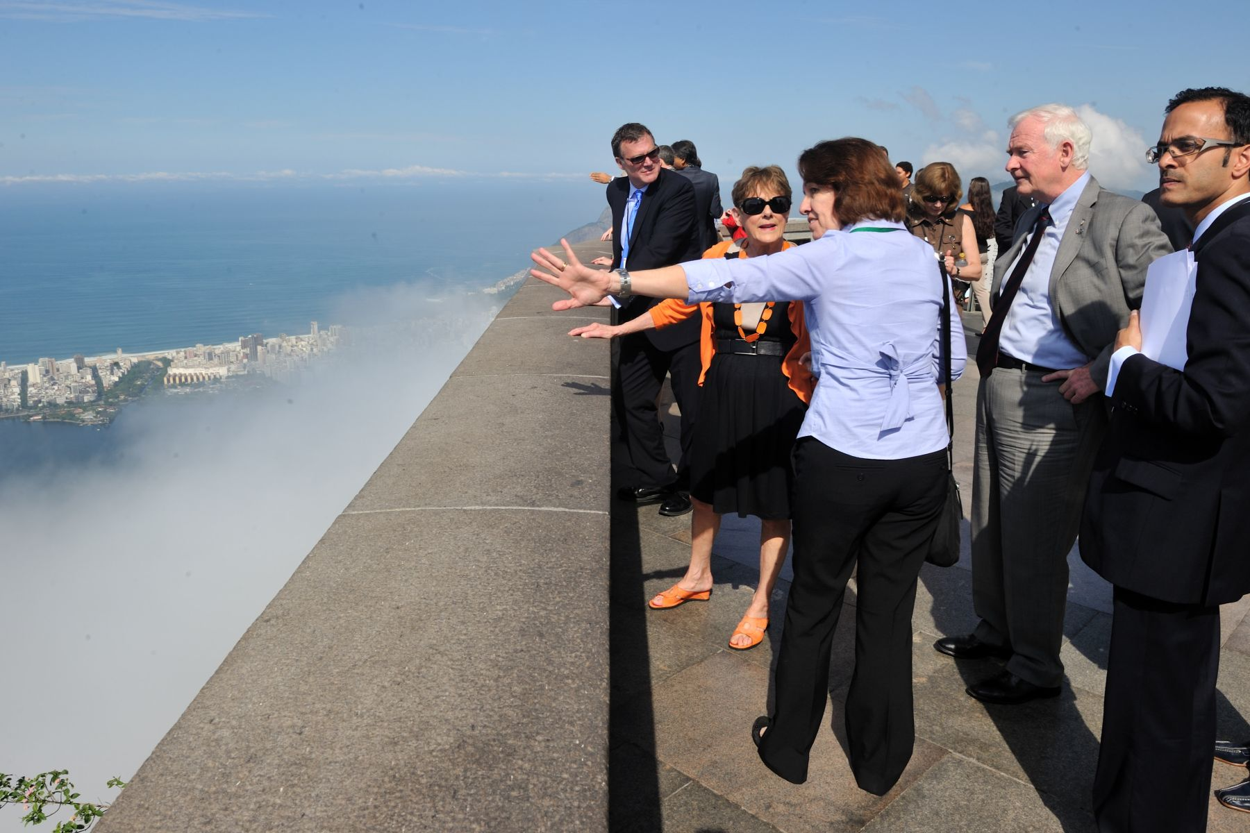 Their Excellencies and the Canadian delegation visited Corcovado, the famous mountain in central Rio de Janeiro.