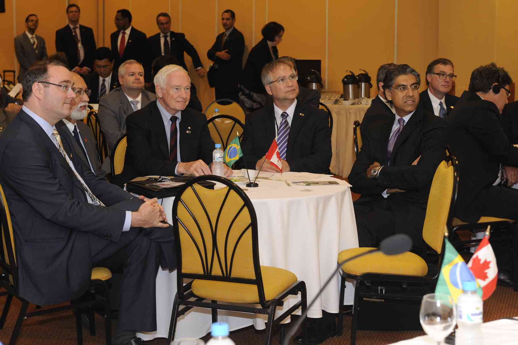 The Governor General attended the the AUCC Canada-Brazil University Presidents' Round Table with delegates, including the Honourable Gary Goodyear (left of the Governor General), Minister of State (Science and Technology), and Mr. Jamal A. Khokhar (left of Minister Goodyear), Ambassador of Canada to the Federative State of Brazil.