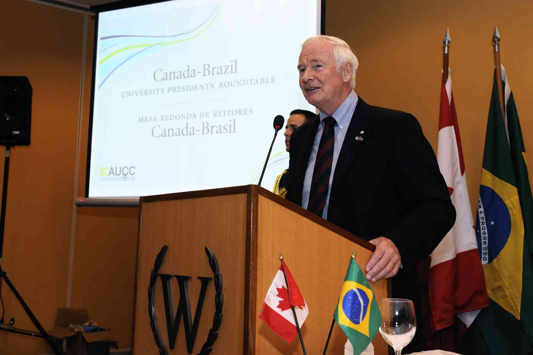 When he addressed the AUCC Canada-Brazil University Presidents' Round Table participants, the Governor General focussed on the importance of partnerships and the internationalization of education to attain a global and interconnected world.