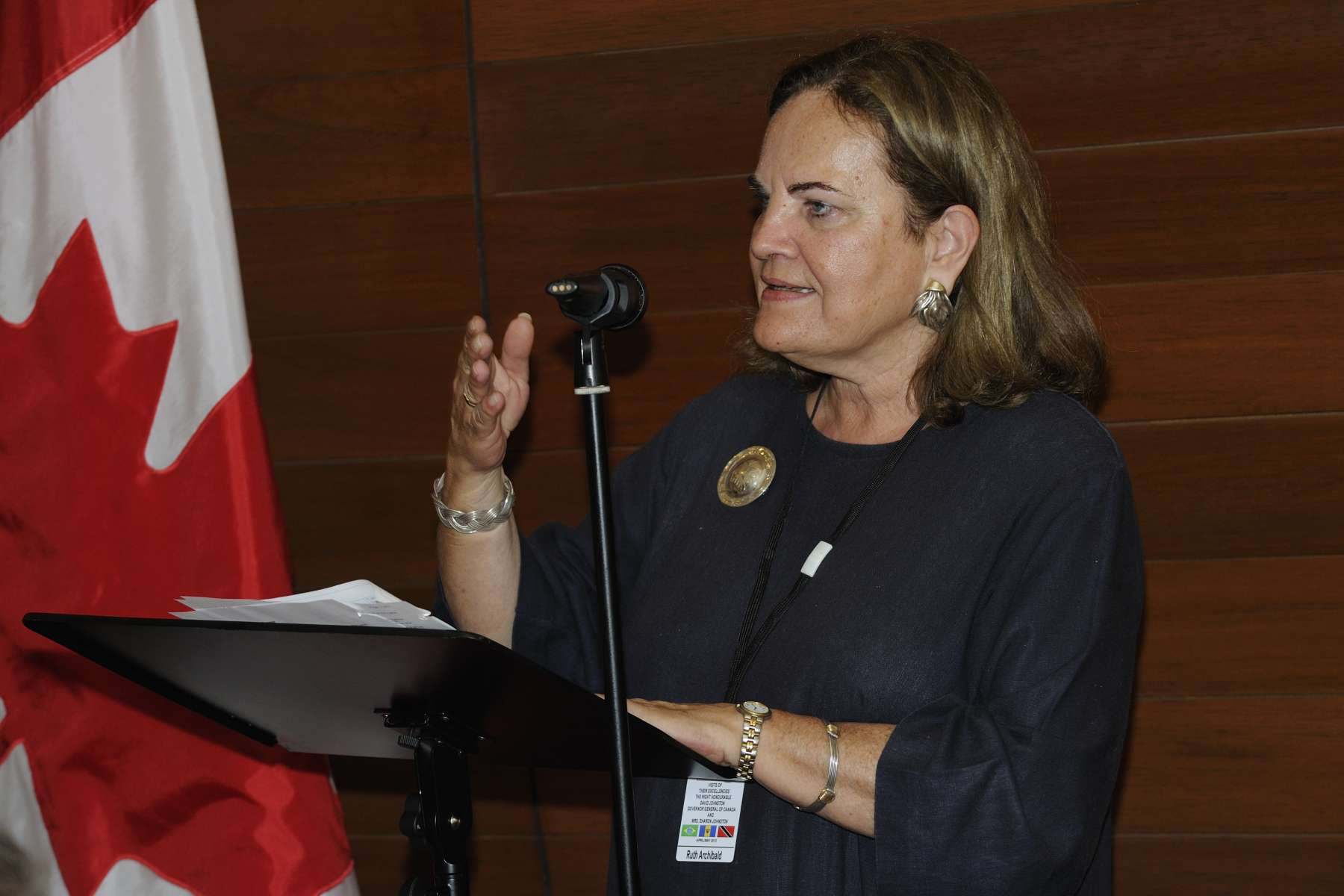 Ms. Ruth Archibald, High Commissioner of Canada, delivered a speech on that occasion. During the event, the guests engaged in an exchange on our two countries' close bilateral relationship through the Commonwealth, the United Nations and the Organization of American State.