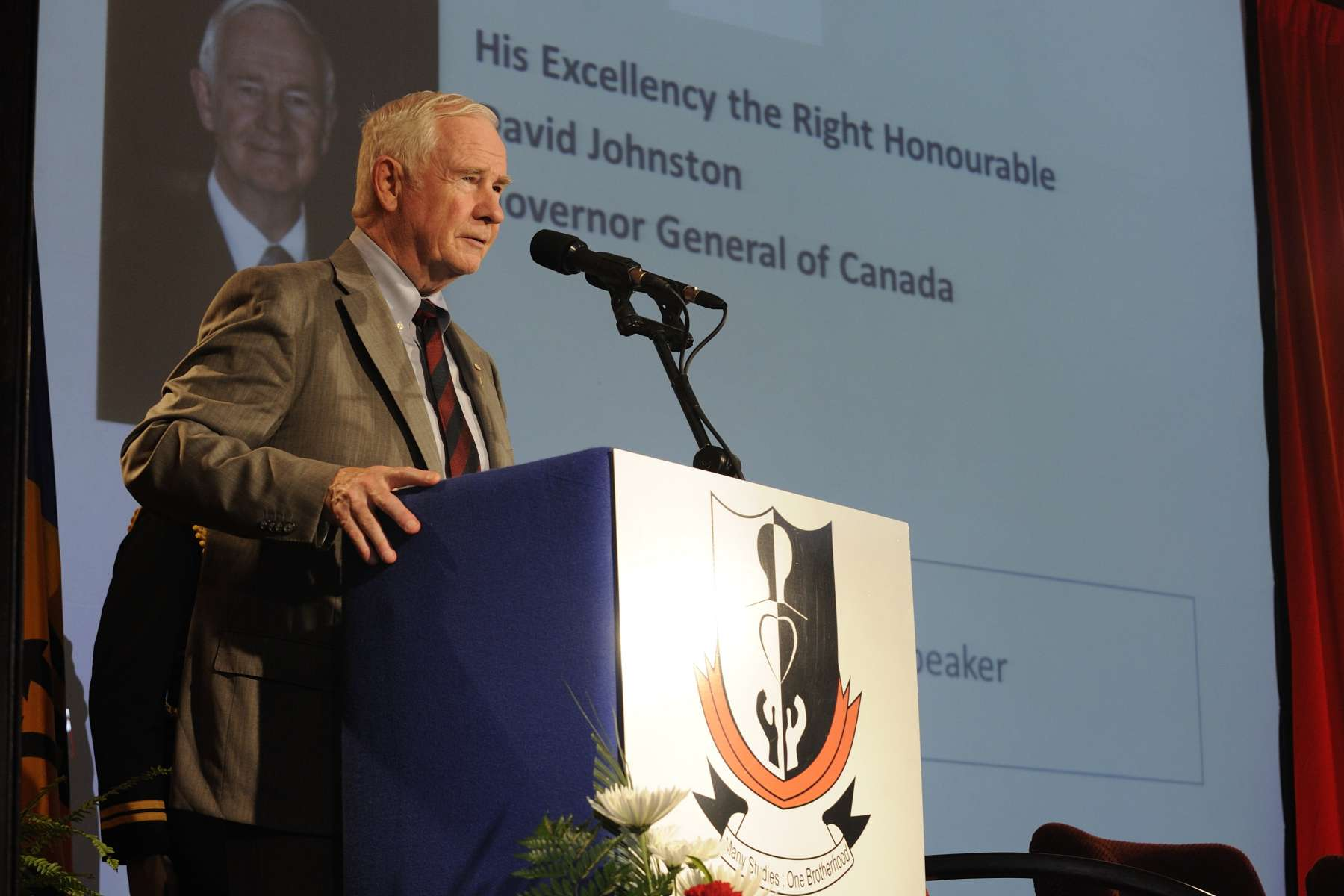 The Governor General visited Barbados Community College where he delivered a speech to students, academics and Canadian institutions' alumni on Canada's and Barbados' education partnerships.