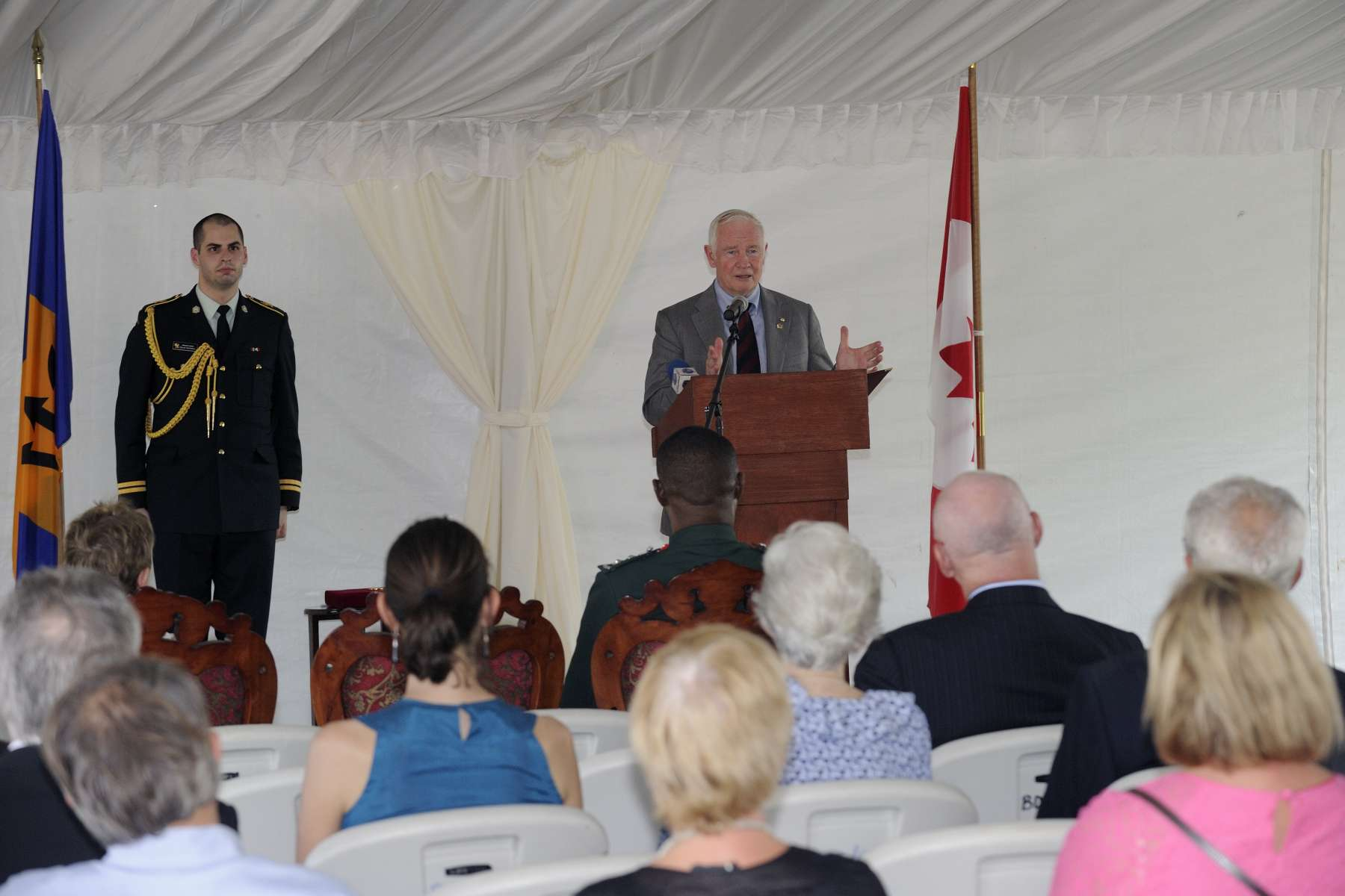 The Governor General delivered remarks on the long historical ties between Canada and Barbados and on Her Majesty Queen Elizabeth II's Diamond Jubilee celebrations.