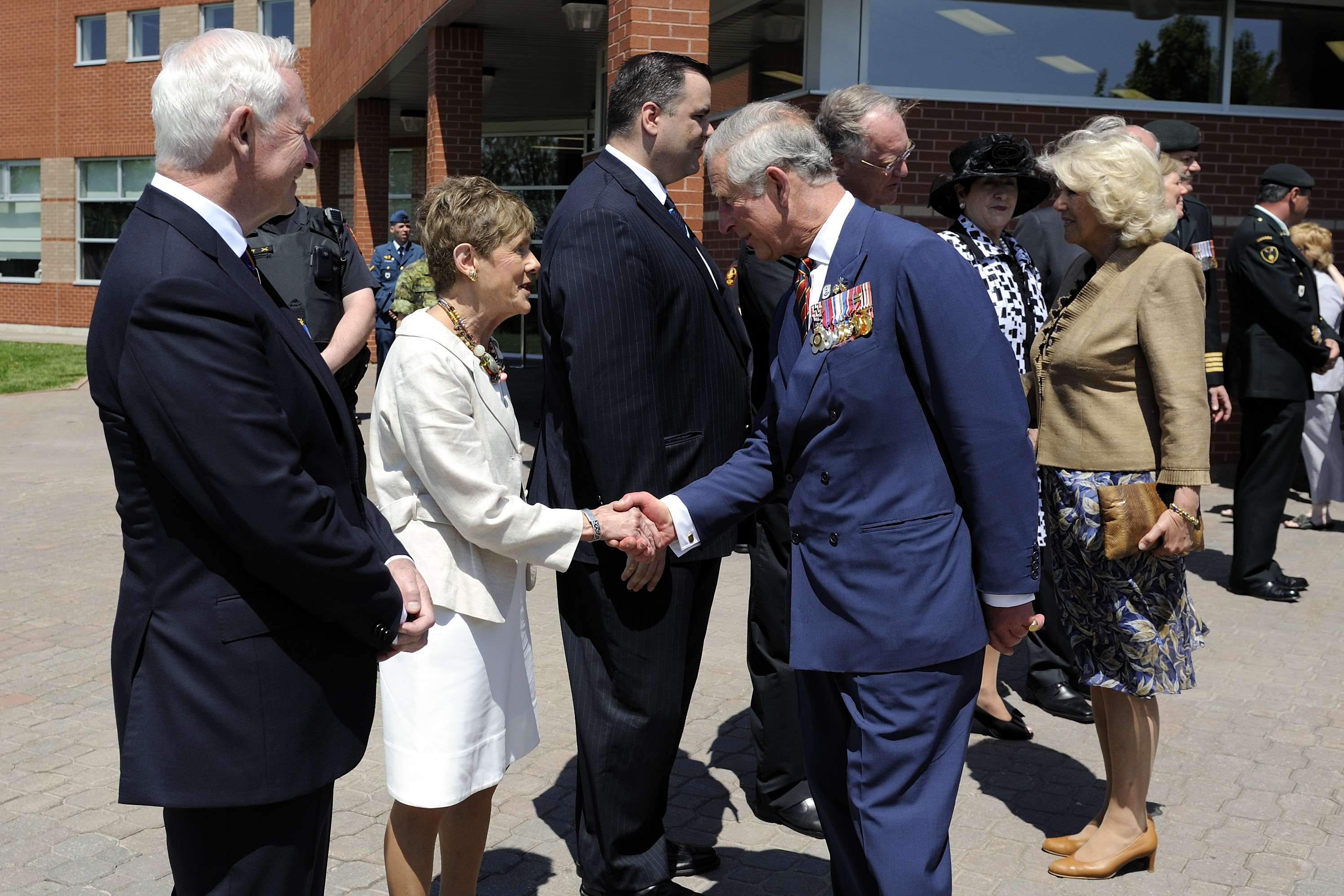 Their Excellencies the Right Honourable David Johnston, Governor General of Canada, and Mrs. Sharon Johnston officially welcomed Their Royal Highnesses The Prince of Wales and The Duchess of Cornwall to Canada.
