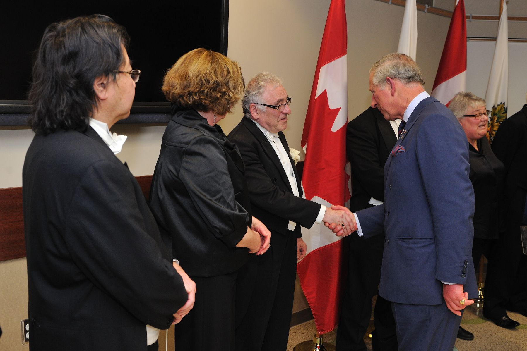 His Royal Highness congratulated the musicians of the Regina Symphony Orchestra.