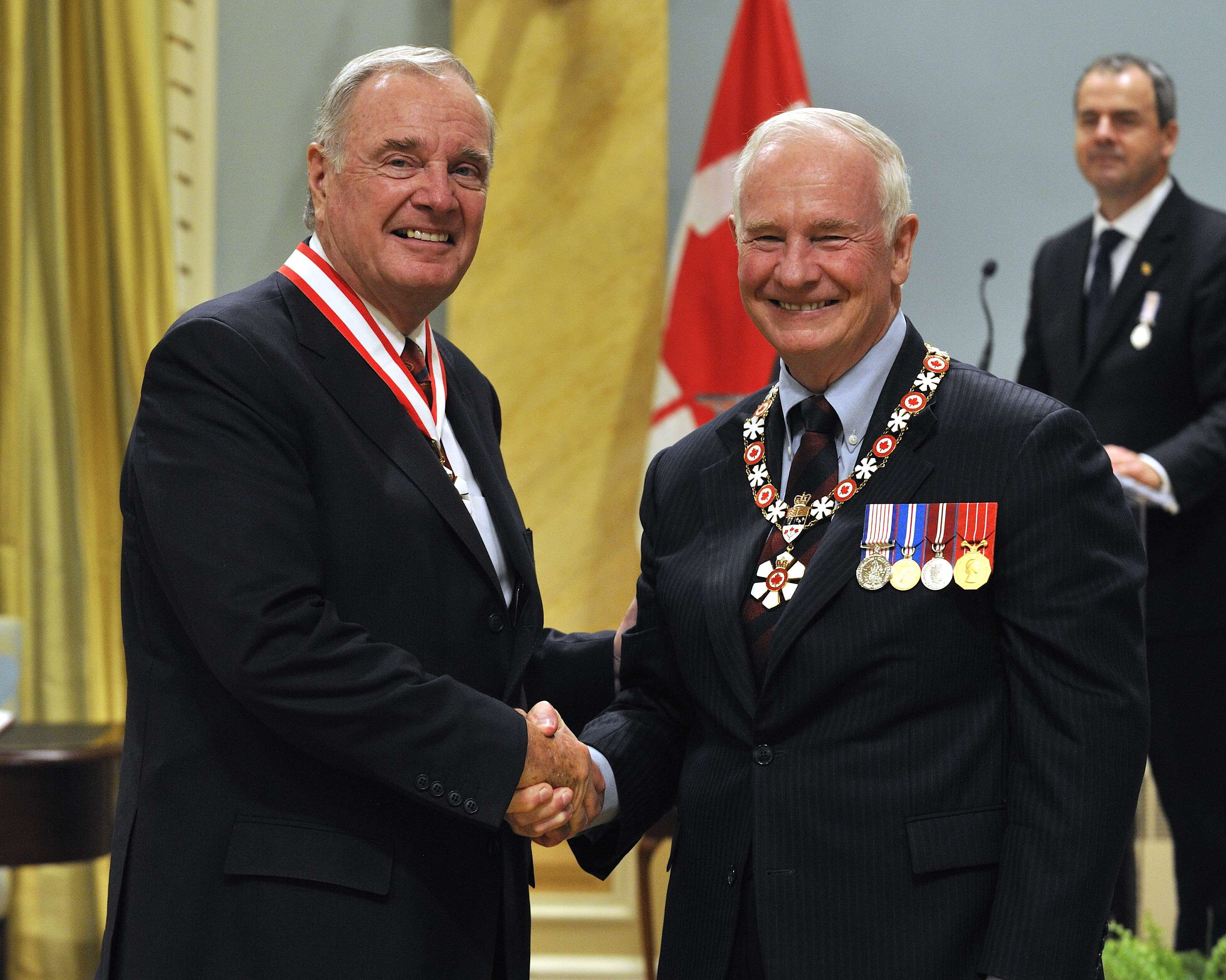 The Right Honourable Paul Martin, P.C., C.C. (Montréal, Québec) has long championed economic and social development in Canada and abroad. Following a distinguished career in the private sector, he entered federal politics and went on to serve as minister of Finance, leader of the Liberal party and Canada's 21st prime minister. He is particularly known for his work eliminating the fiscal deficit, reducing the country's national debt and putting the Canada Pension Plan on sound footing. He has also played an important role in making the quality of life of Aboriginal Canadians a priority of public policy, in strengthening Canada's health care system, in promoting good governance in Africa and in establishing the G-20.
