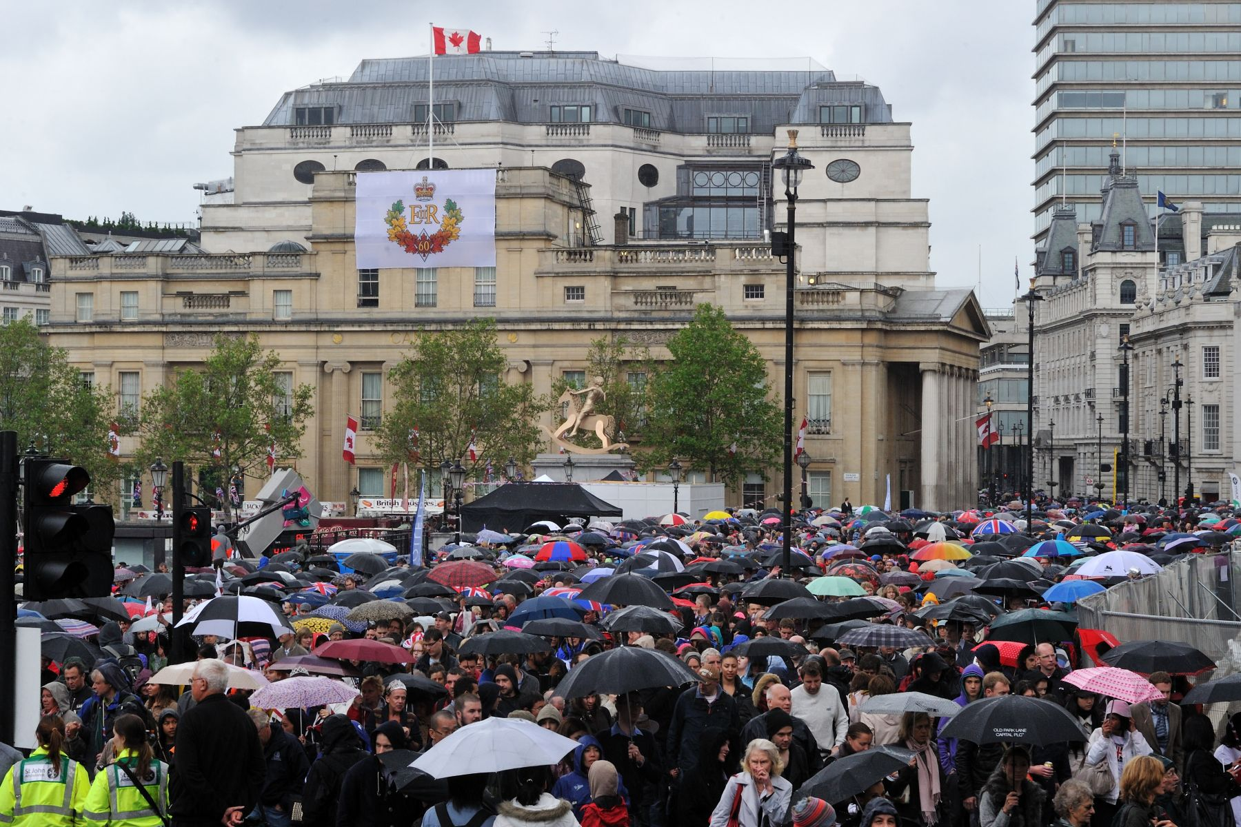 Thousands of people were in front of Canada House, in Trafalgar Square, to see the Royal Family Carriage Procession on giant screens.