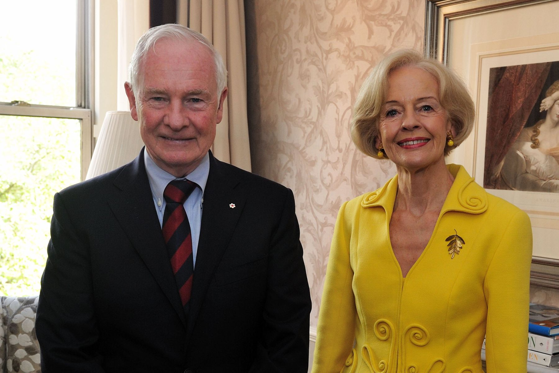The morning of the last day of his visit to London to celebrate the Diamond Jubilee, the Governor General met with Her Excellency Ms. Quentin Bryce, A.C., C.V.O., Governor-General of the Commonwealth of Australia. They discussed areas of common interest and their role as representative of Her Majesty The Queen in their respective country.