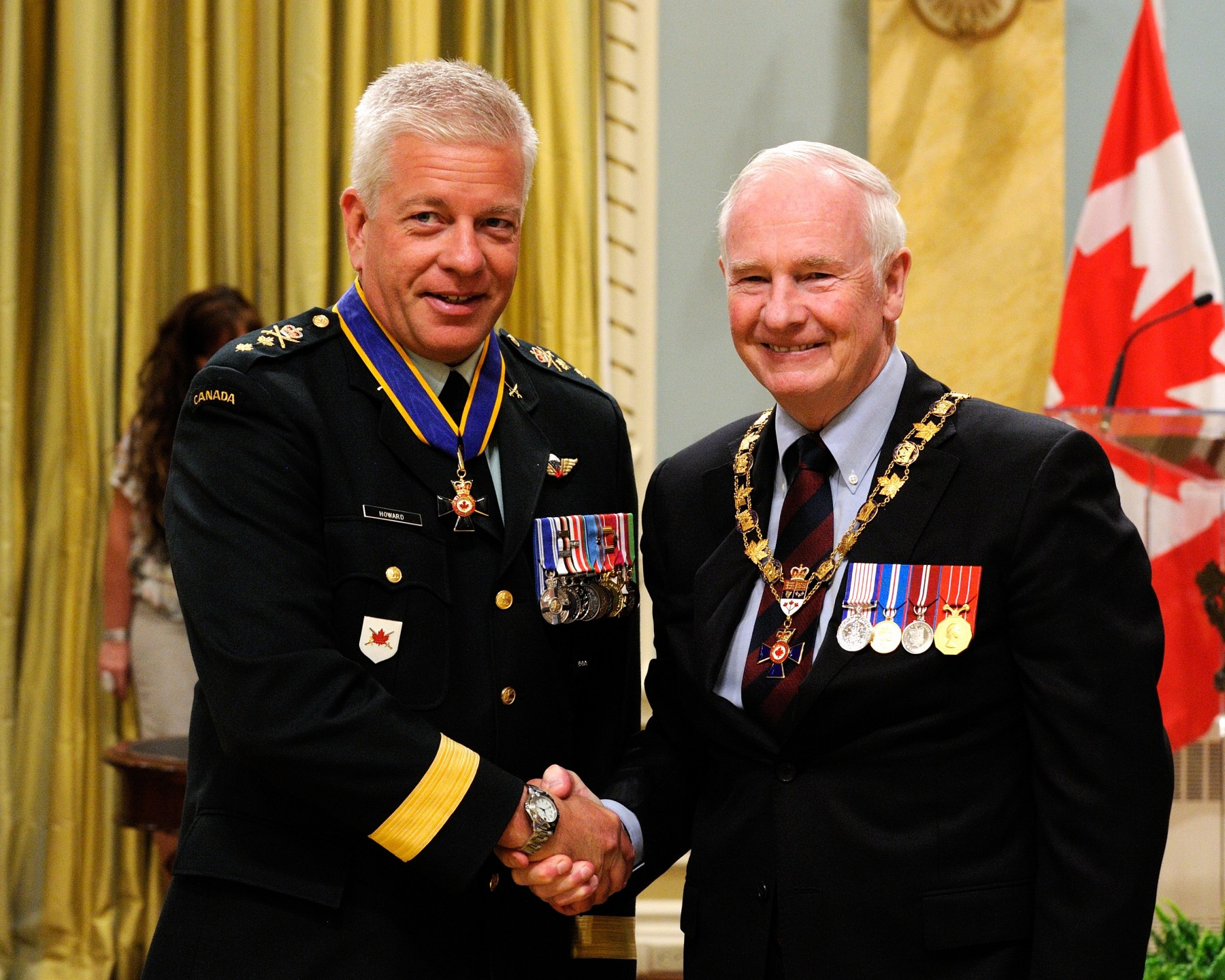 His Excellency presented the Order of Military Merit at the Commander level (C.M.M.) to Major-General Alan John Howard, C.M.M., M.S.M., C.D., Canadian Army Command, Ottawa, Ontario.