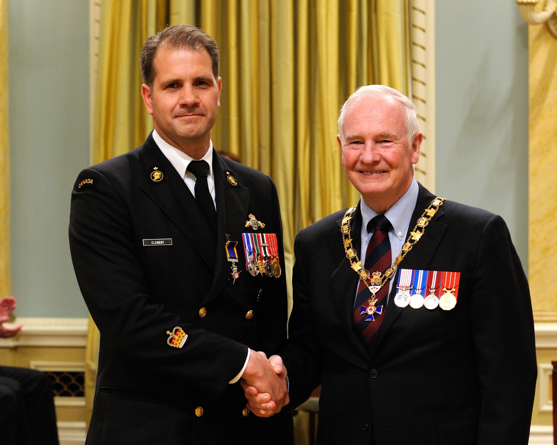 His Excellency presented the Order of Military Merit at the Member level (M.M.M.) to Petty Officer 2nd Class Yves Clément, M.M.M., M.S.M., C.D., Fleet Diving Unit Atlantic, Halifax, Nova Scotia.