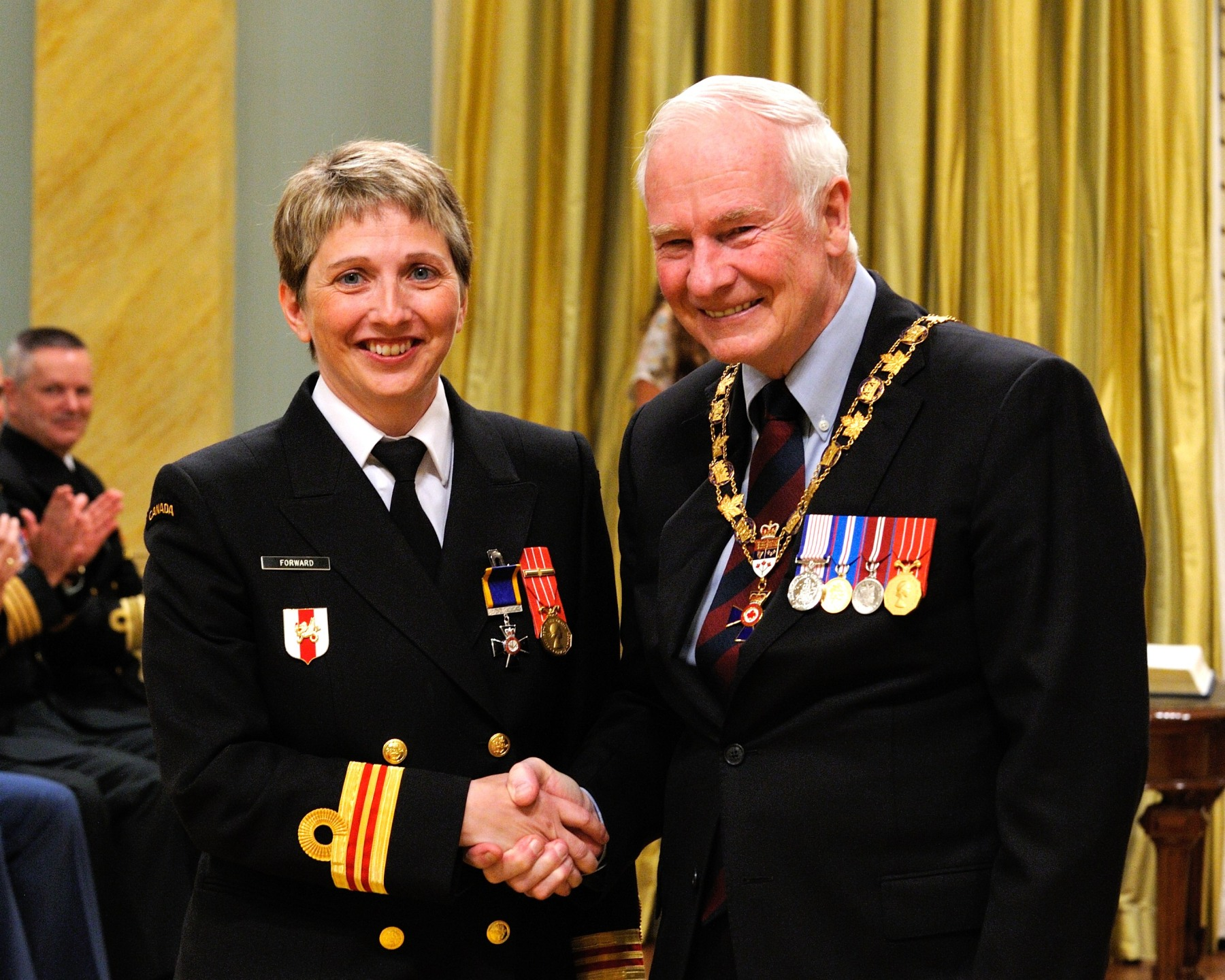 His Excellency presented the Order of Military Merit at the Member level (M.M.M.) to Lieutenant (N) Linda Forward, M.M.M., C.D., 2nd Battalion Princess Patricia's Canadian Light Infantry, Shilo, Manitoba.
