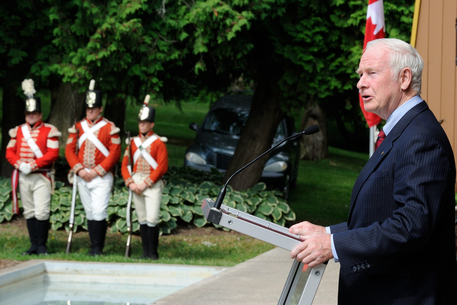 His Excellency attended the opening ceremonies hosted by the Niagara 1812 Legacy Council. The ceremony launched over 1 000 days of commemorations across the region. As commander-in-chief of Canada, His Excellency inspected a guard of honour and delivered a speech.