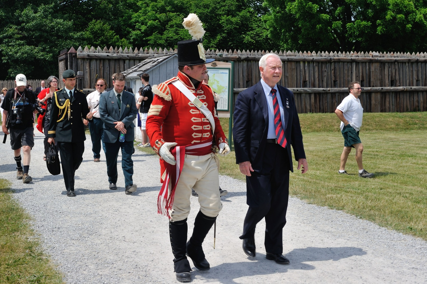 His Excellency visited the Fort George National Historic Site of Canada, which was constructed across the Niagara River by the British Army to protect their interests in Upper Canada.