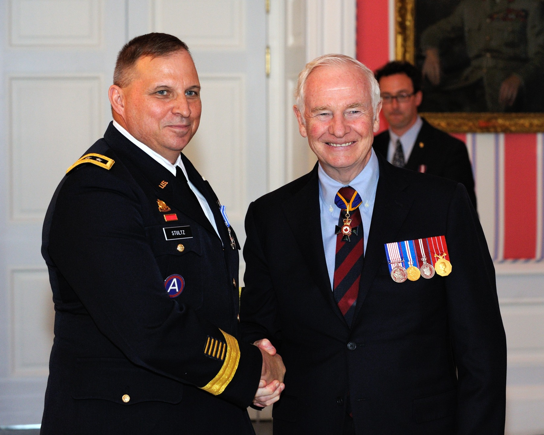 Lieutenant-General Jack Calvin Stultz, M.S.M. (United States Army Reserve), received the Meritorious Service Medal (Military Division) from His Excellency. In his role as commanding general, United States Army Reserve, Lieutenant-General Stultz was instrumental in enhancing the working relationship between the army reserves of both Canada and the United States. From the beginning of his appointment in 2006, he orchestrated the creation of training and employment opportunities for Canadian Army reservists. In so doing, Lieutenant-General Stultz further enhanced the unique relationship between Canada and the United States, delivering considerable benefit to the Canadian Forces.
