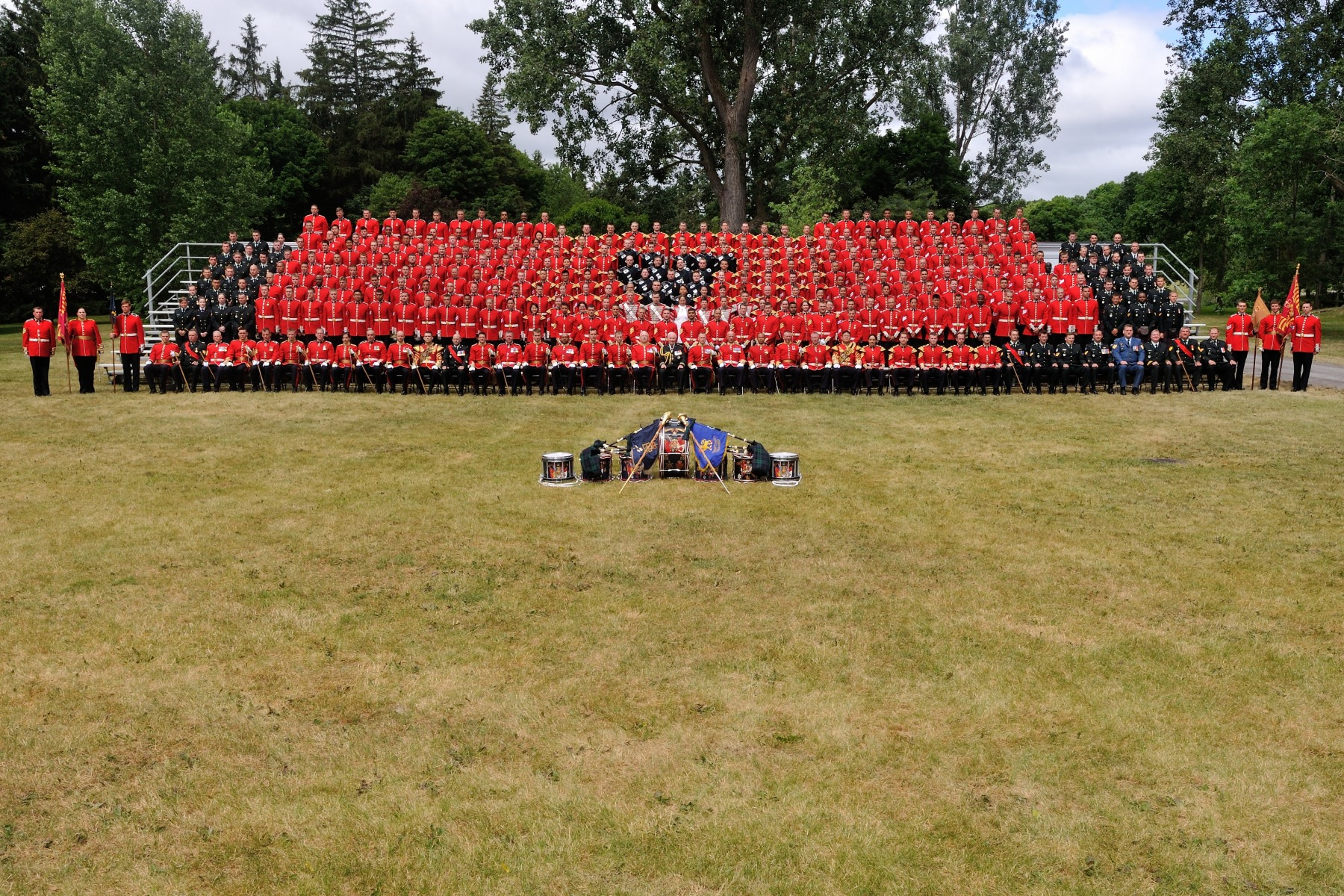 The Ceremonial Guard is comprised of members of the Regular and Reserve Force of the Canadian Forces. The Band is recruited from universities, conservatories and reserve bands across the country.