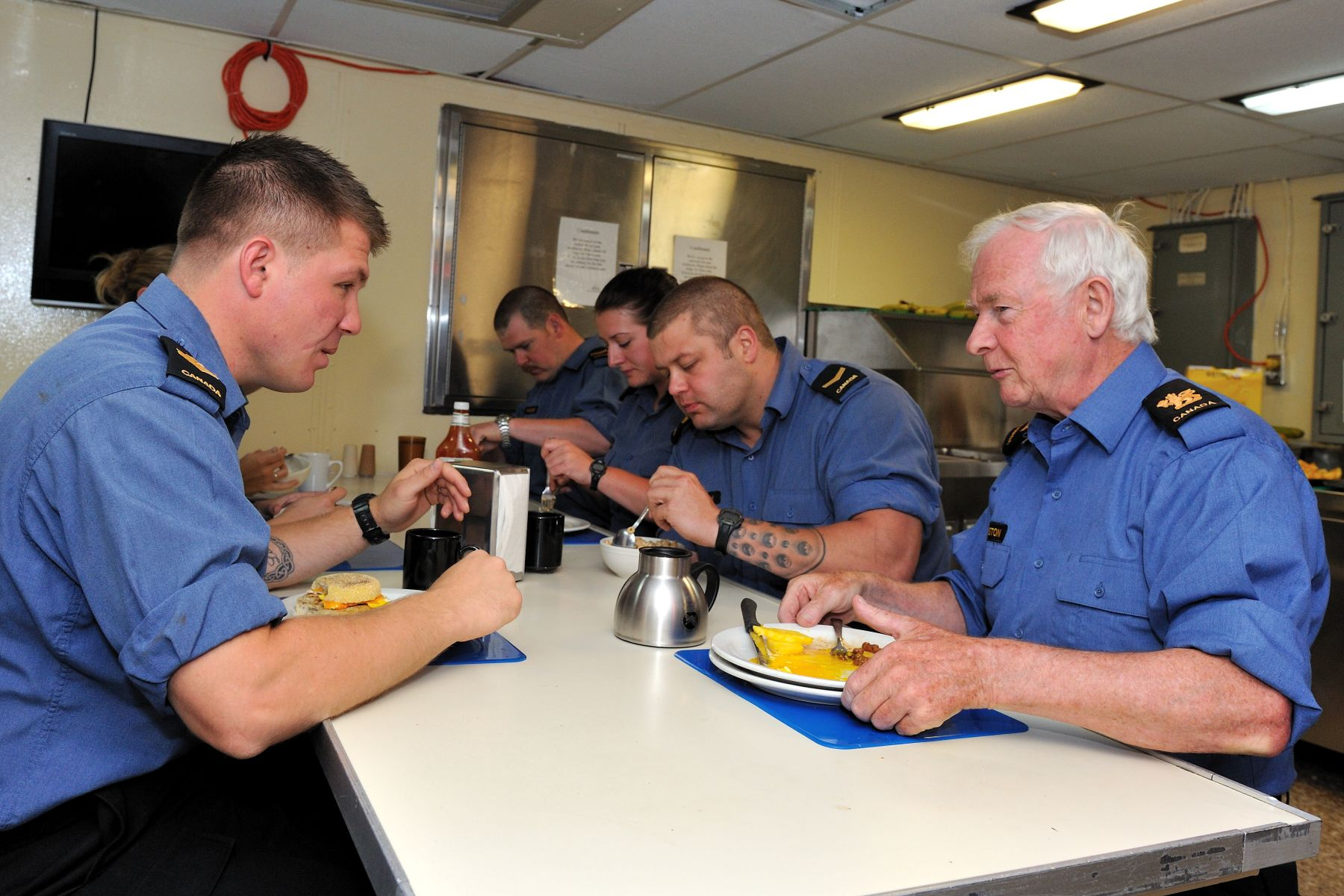 He had the opportunity to meet and talk with sailors during breakfast.