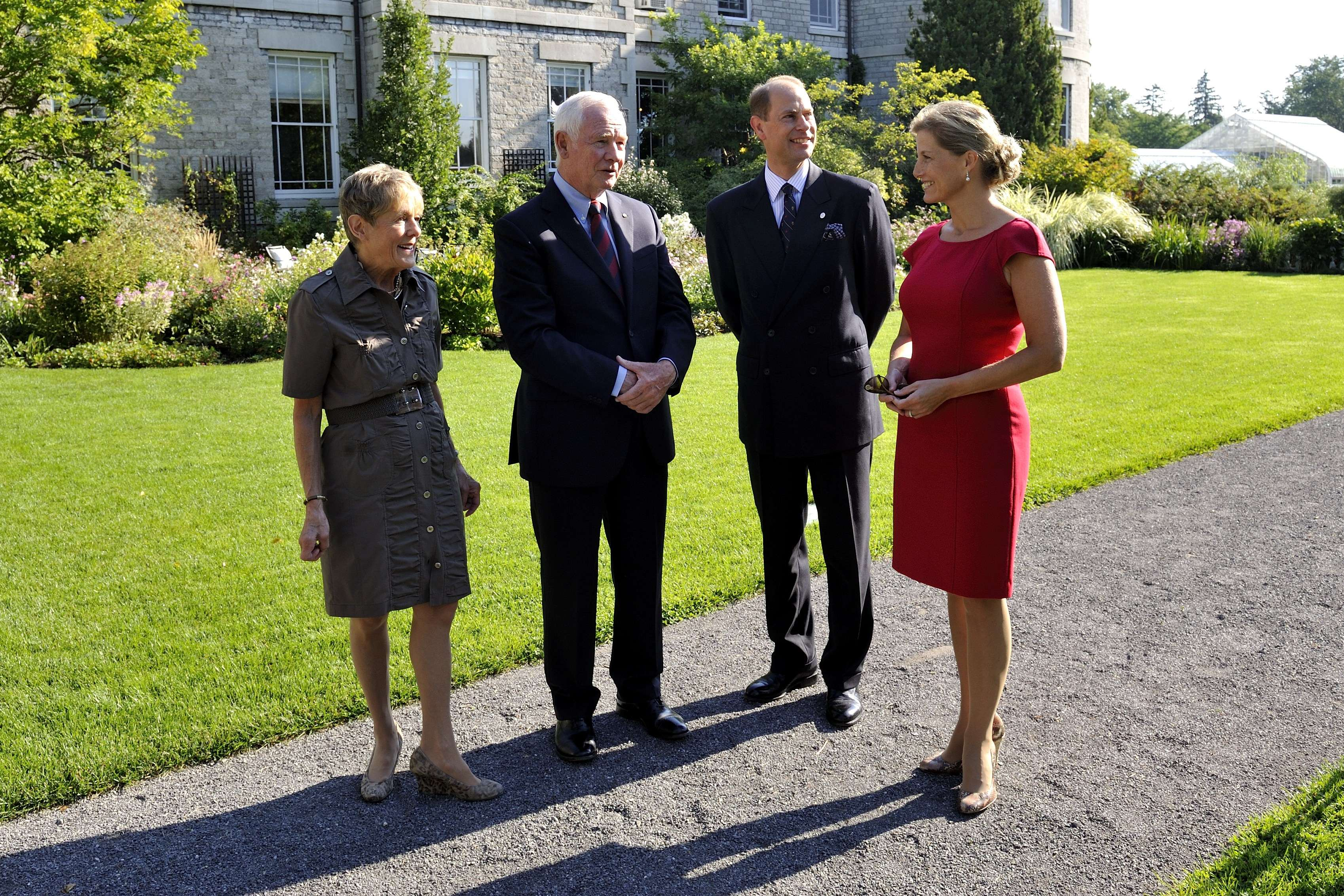 Their Excellencies the Right Honourable David Johnston, Governor General of Canada, and Mrs. Sharon Johnston hosted Their Royal Highnesses at Rideau Hall during their stay in the national capital, on September 11 and 12, 2012.