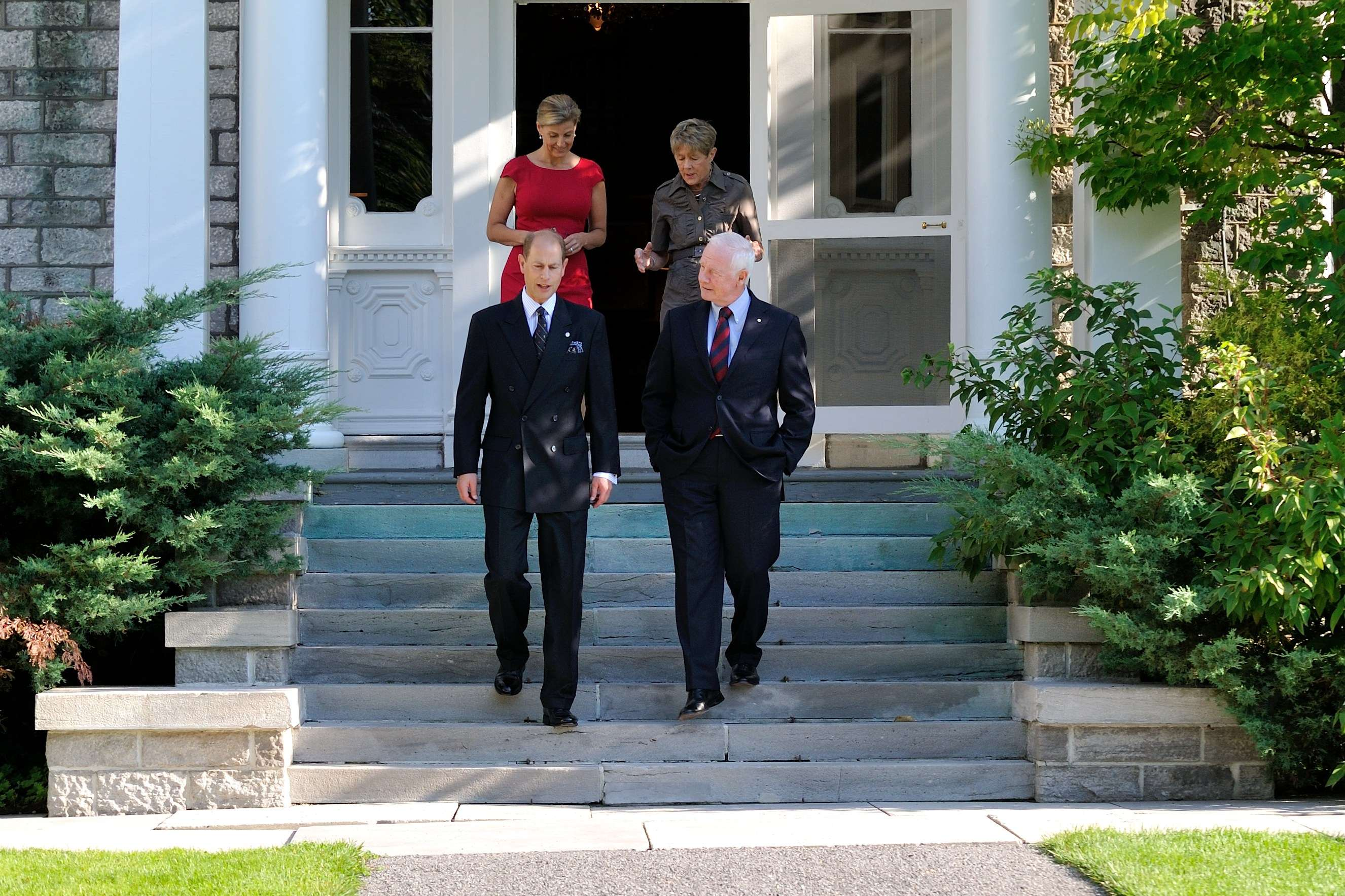 This is the Earl's 33rd visit to Canada, and the Countess' 9th visit. Starting in Ottawa on September 11, Their Royal Highnesses will travel to Iqaluit, Nunavut, before returning to Ontario for a tour that will include stops in Trenton, Toronto, Hamilton, St. Catharines and Midland.
