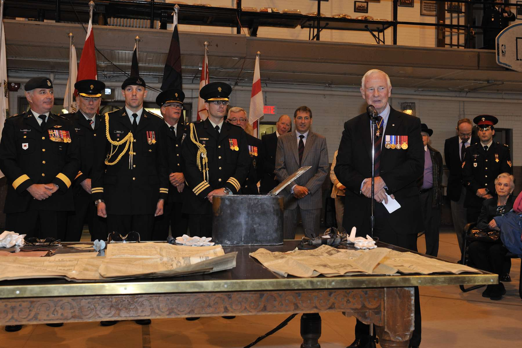 As colonel of the Regiment, the Governor General participated in the opening of a 100-year-old time capsule discovered during the restoration of the building in December 2011.