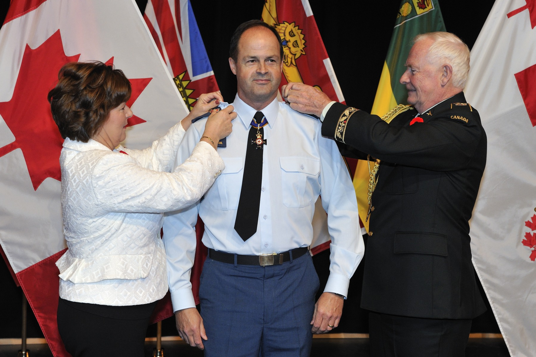 Lieutenant-General Tom Lawson was promoted to General during a private ceremony presided over by His Excellency inside the Canadian War Museum.