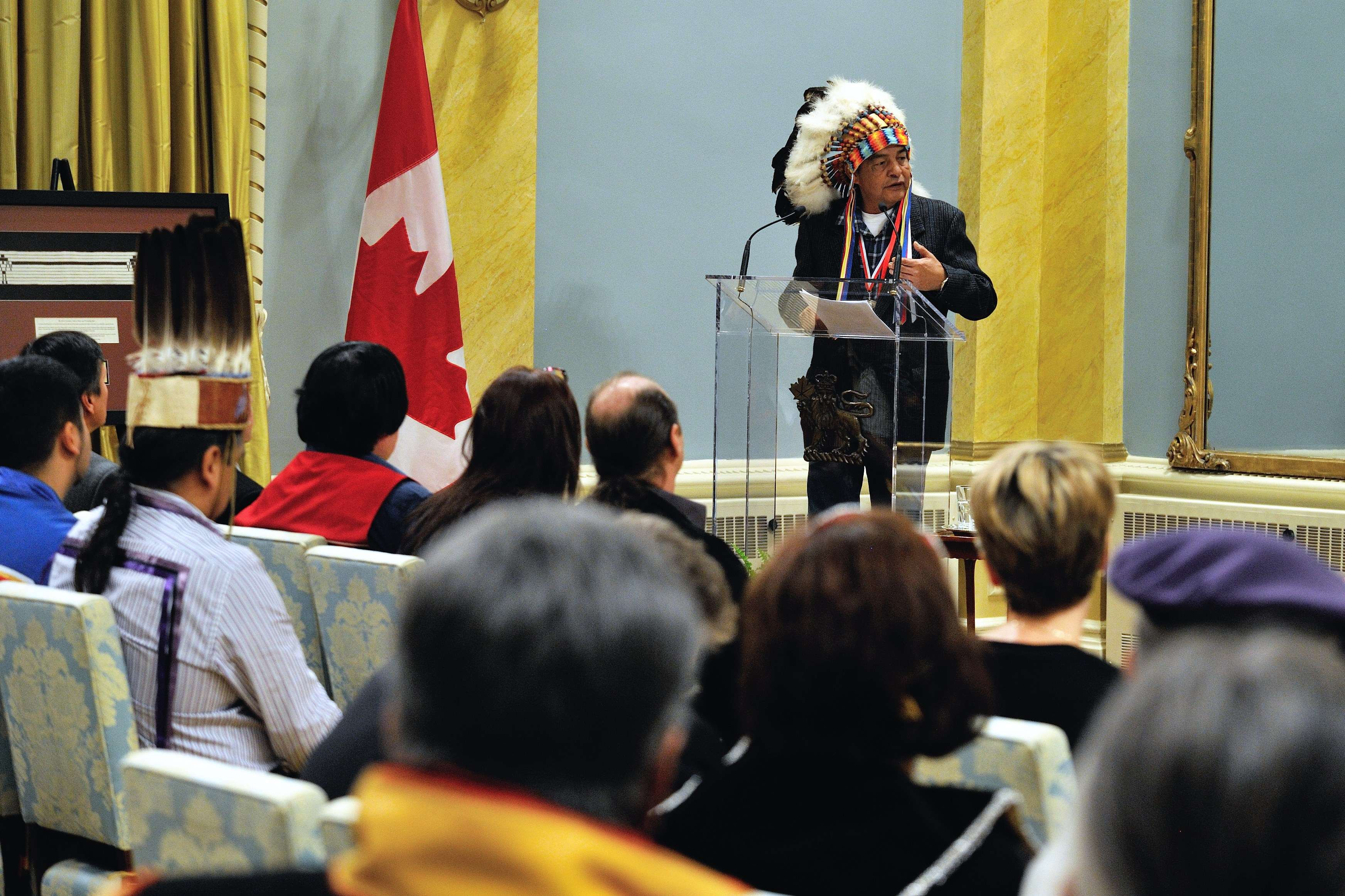 Following the presentation of medals and banners, Former Chief Lorne Wadikata, of the Wahpeton Dakota First Nation, spoke about the King George III medal.