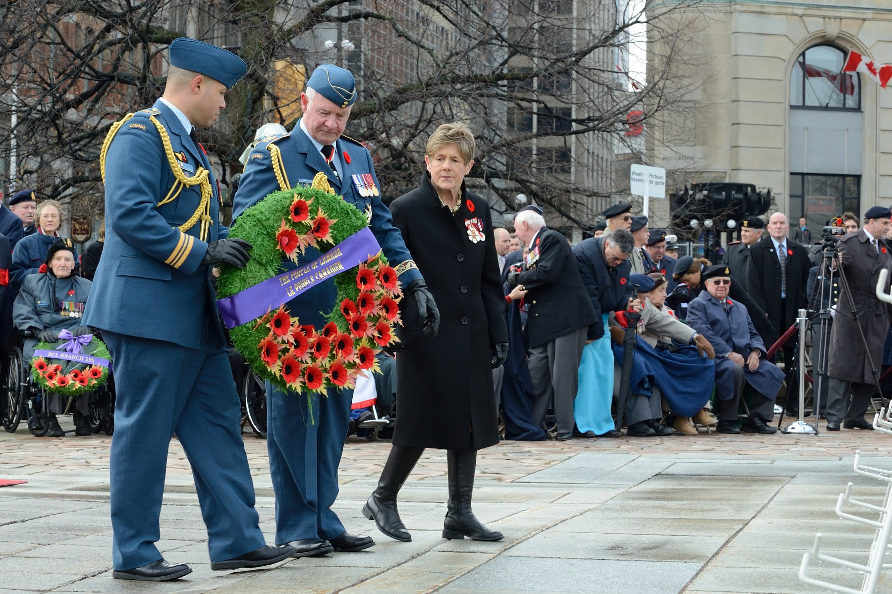 During the ceremony, Their Excellencies were the first ones to lay a wreath on behalf of the people of Canada.