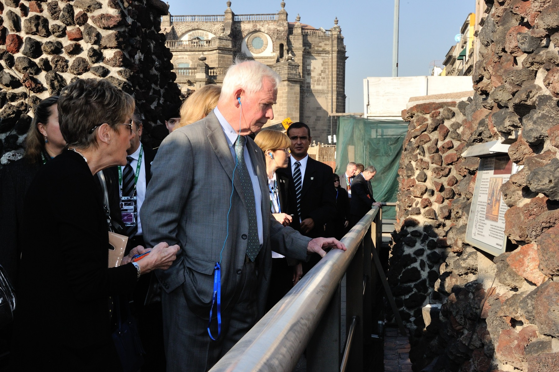 The group also visited the ruins of the Templo Mayor, the main sacred precinct of the Aztec settlement of Tenochtitlan (now called Mexico City) that was demolished by the Spaniards in 1519.