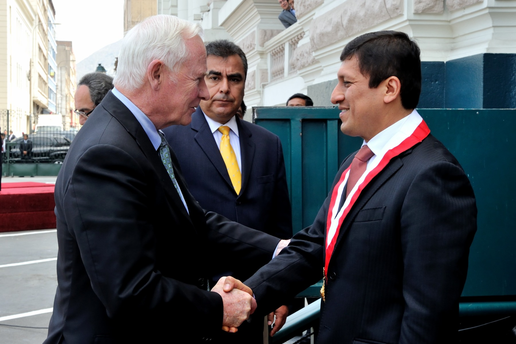 The Governor General welcomed His Excellency Victor Isla Rojas, President of the Congress of the Republic of Peru.
