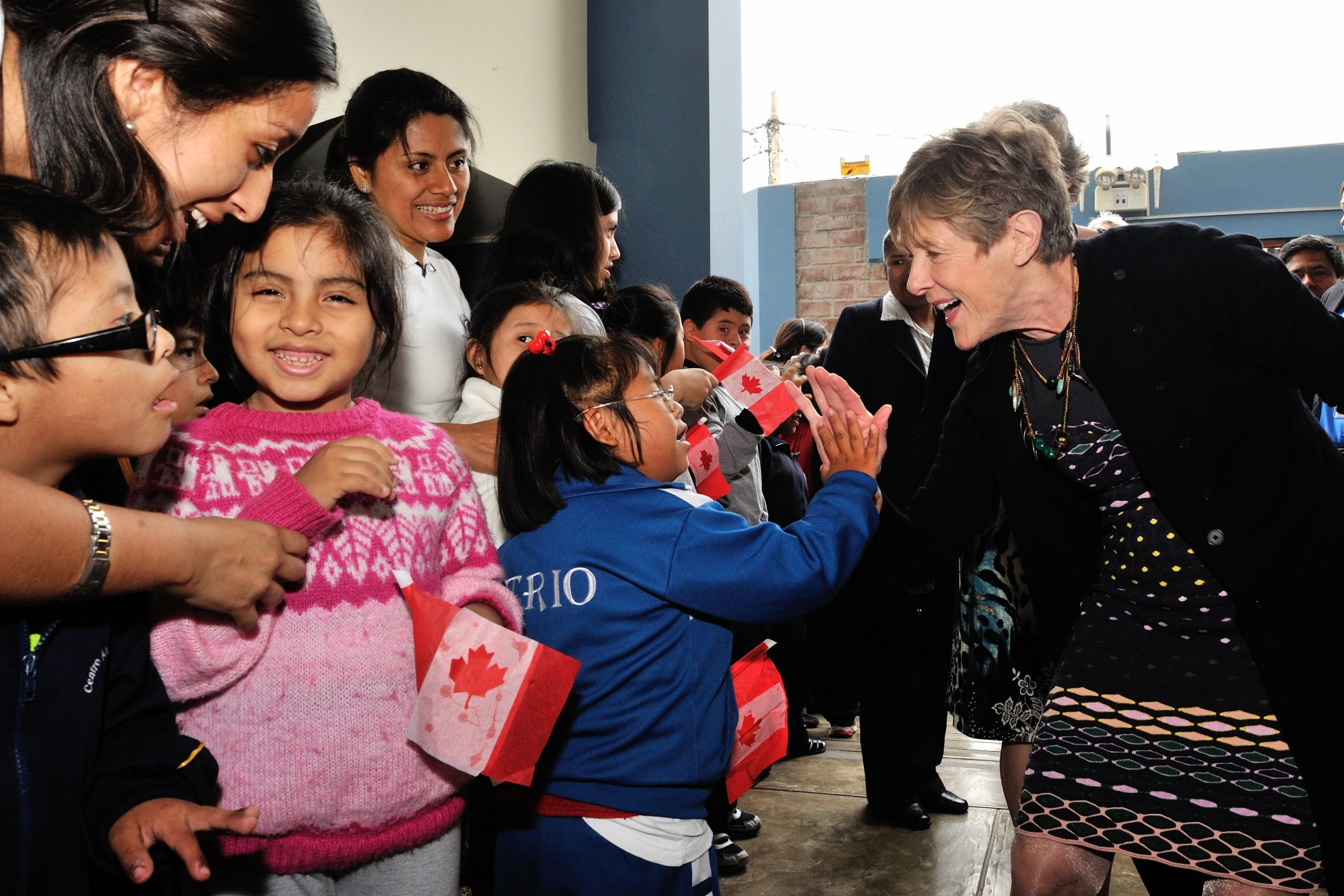 Her Excellency Sharon Johnston visited the Centro Ann Sullivan del Perú, an educational non-for-profit centre that serves individuals with autism, Down syndrome, cerebral palsy or developmental delays, as well as their families.