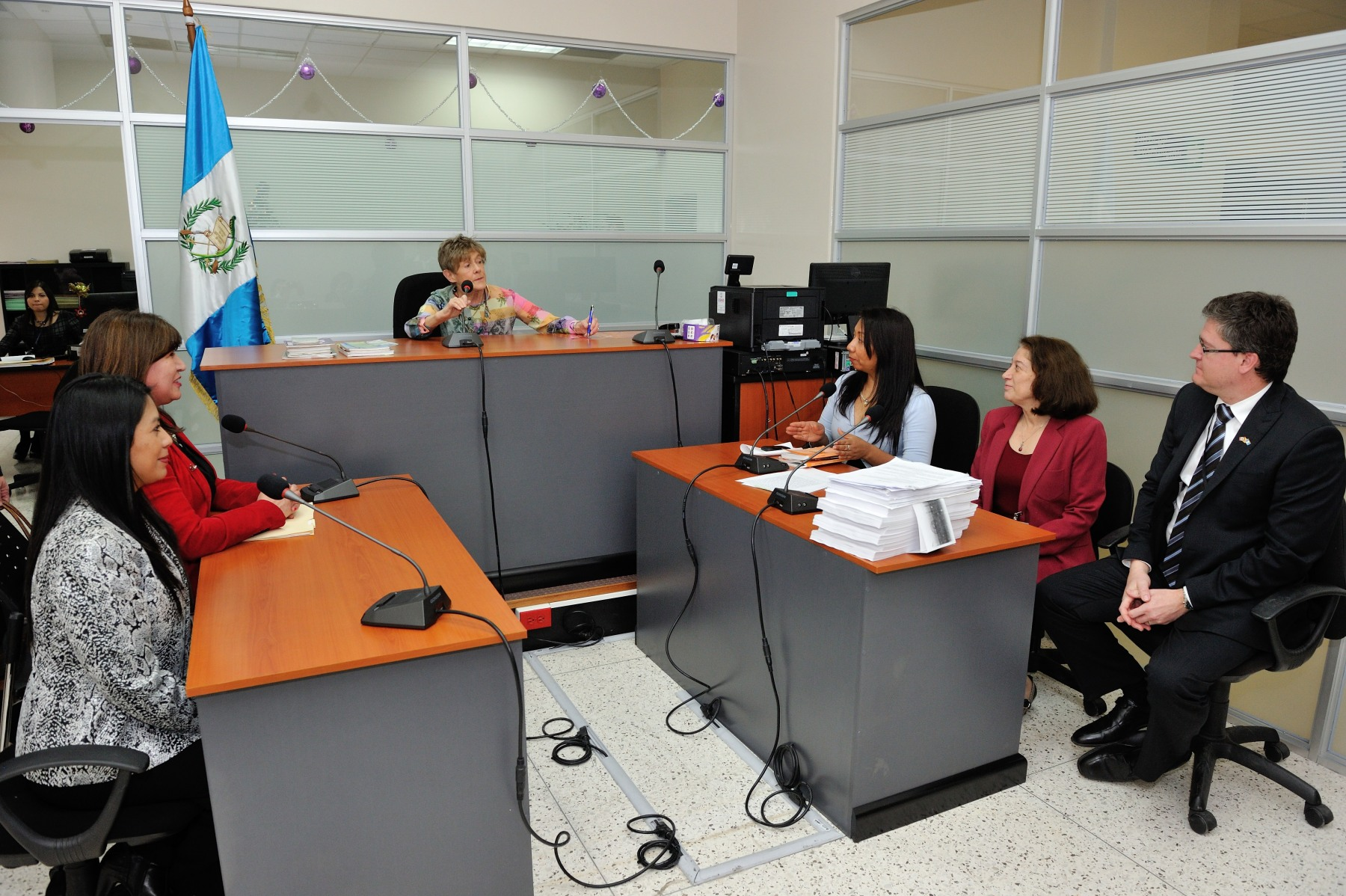 The purpose of the visit was also to underline the excellent work of the Ministry under the mandate of the current Attorney General, Claudia Paz y Paz.