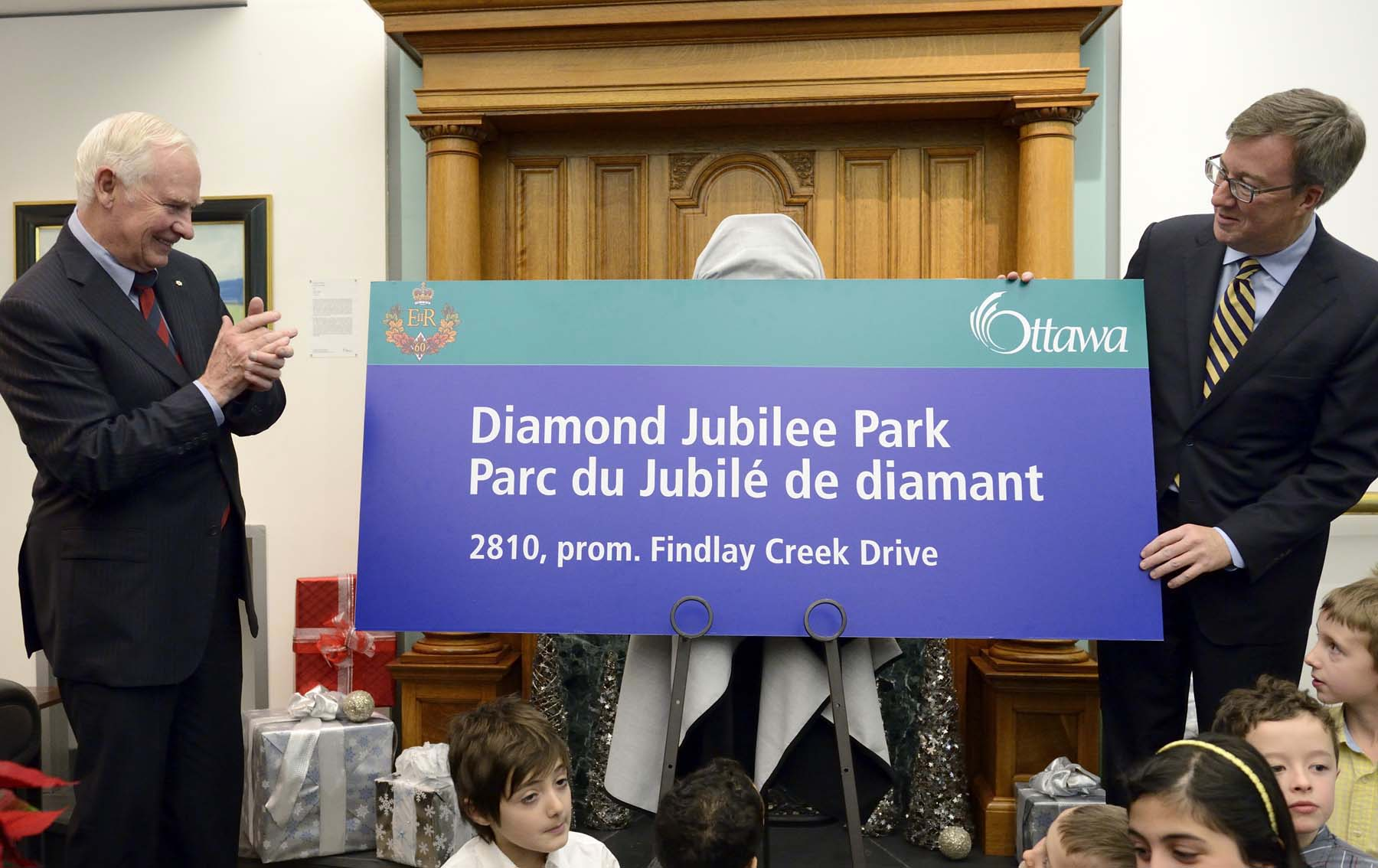 Upon the invitation of His Worship Jim Watson, Mayor of the City of Ottawa, His Excellency the Right Honourable David Johnston, Governor General of Canada, took part in the official dedication of Diamond Jubilee Park.