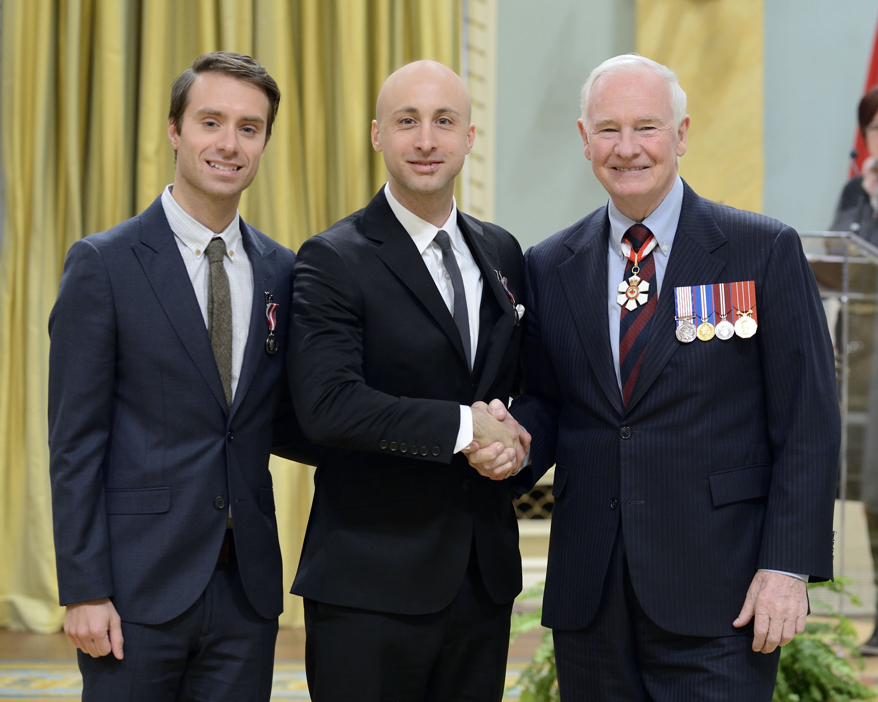 The popular rock group Simple Plan, to which Sébastien Lefebvre and Jeff Stinco (Montréal, Quebec) belong, is concerned about problems facing youth. Through its foundation, the group promotes music as a stimulating way for young people to find their passion and purpose in life, avoid street gangs and stay in school. The medals awarded to Pierre Bouvier, Charles Comeau and David Desrosiers will be presented to them at a later date.