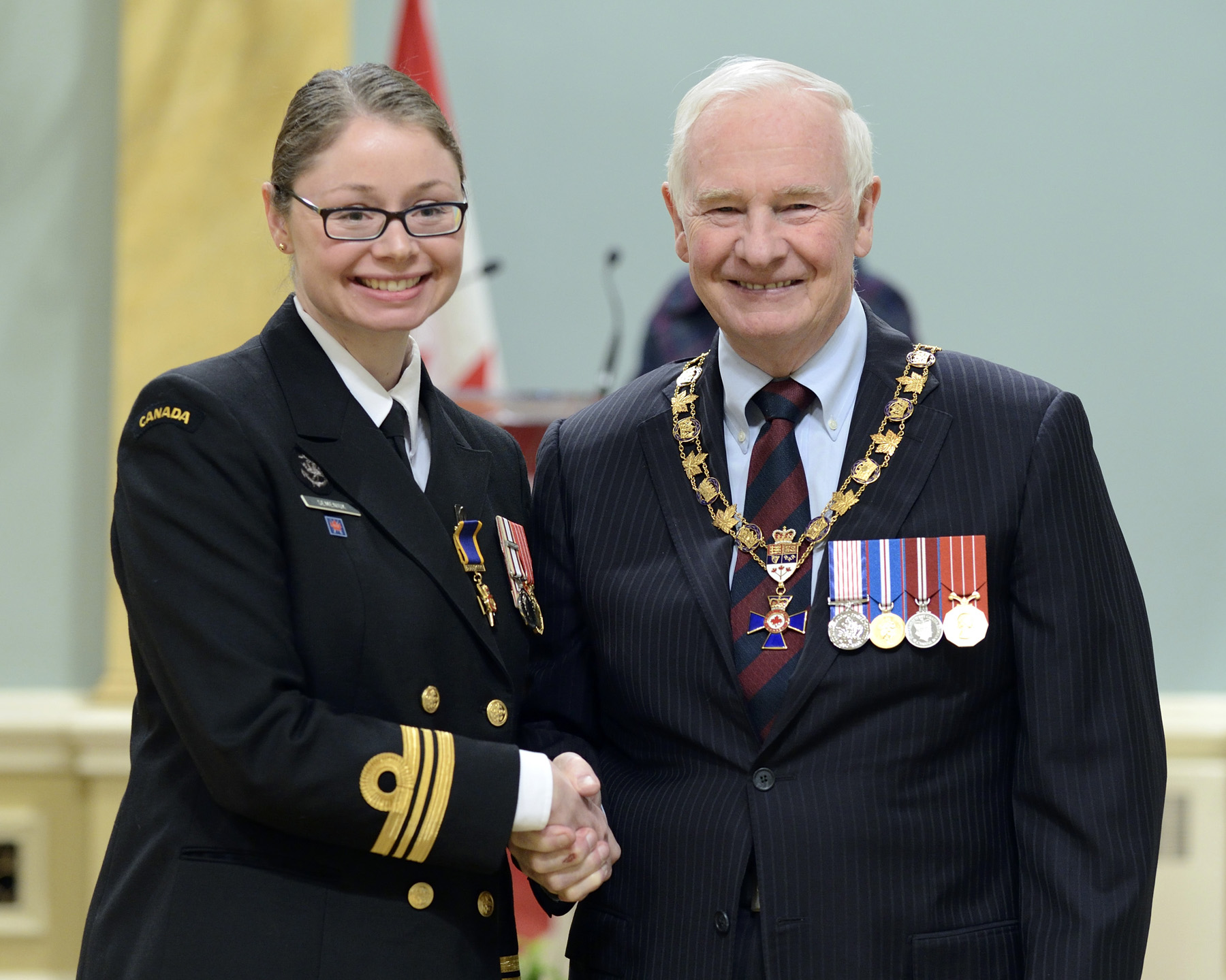His Excellency presented the Order of Military Merit at the Officer level (O.M.M.) to Lieutenant-Commander Lorinda Semeniuk, O.M.M., C.D., Canadian Fleet Pacific Headquarters, (Victoria, B.C.).