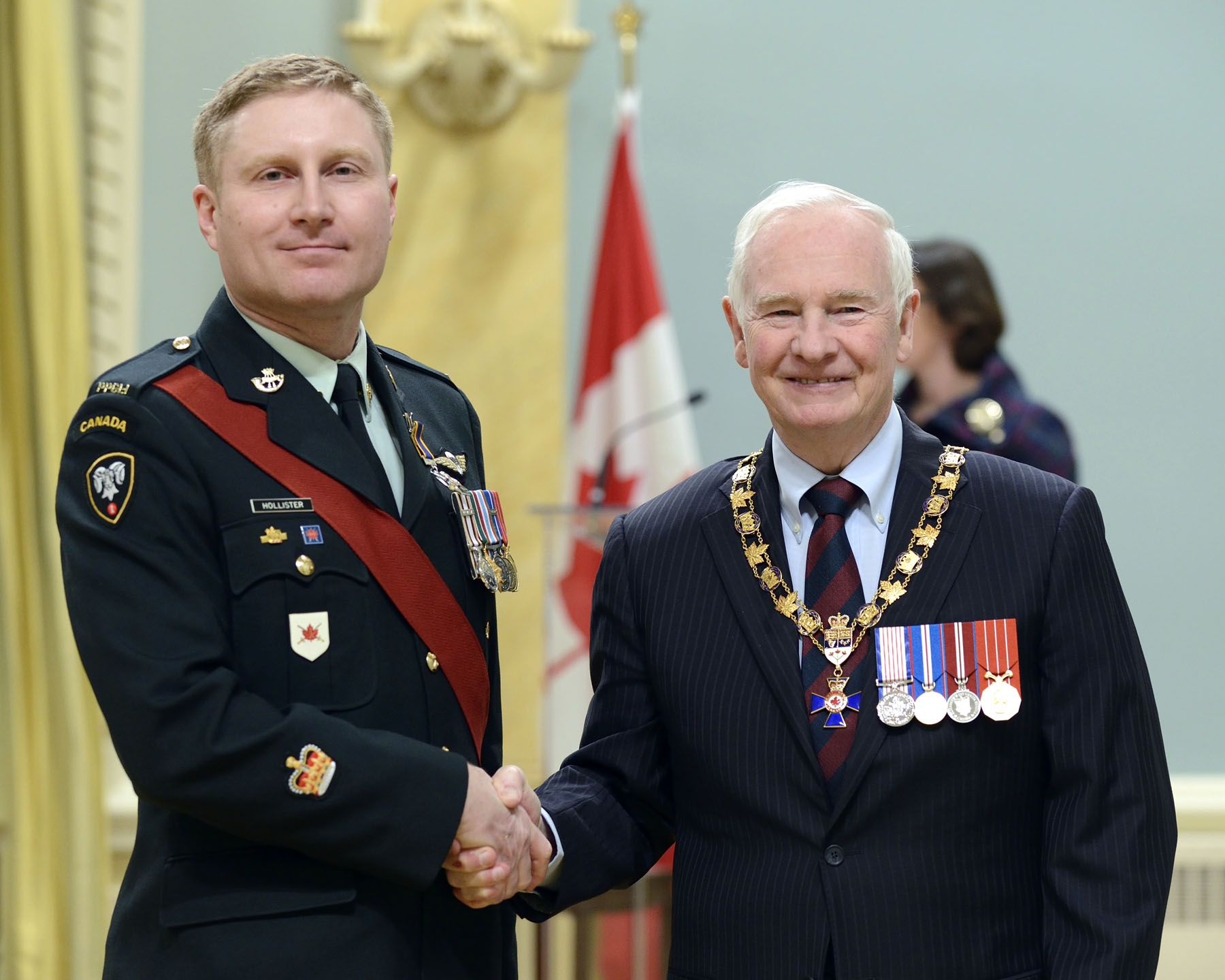 His Excellency presented the Order of Military Merit at the Member level (M.M.M.) to Warrant Officer Curtis Hollister, M.M.M., C.D., Land Force Western Area Training Centre (Denwood, Alta.).