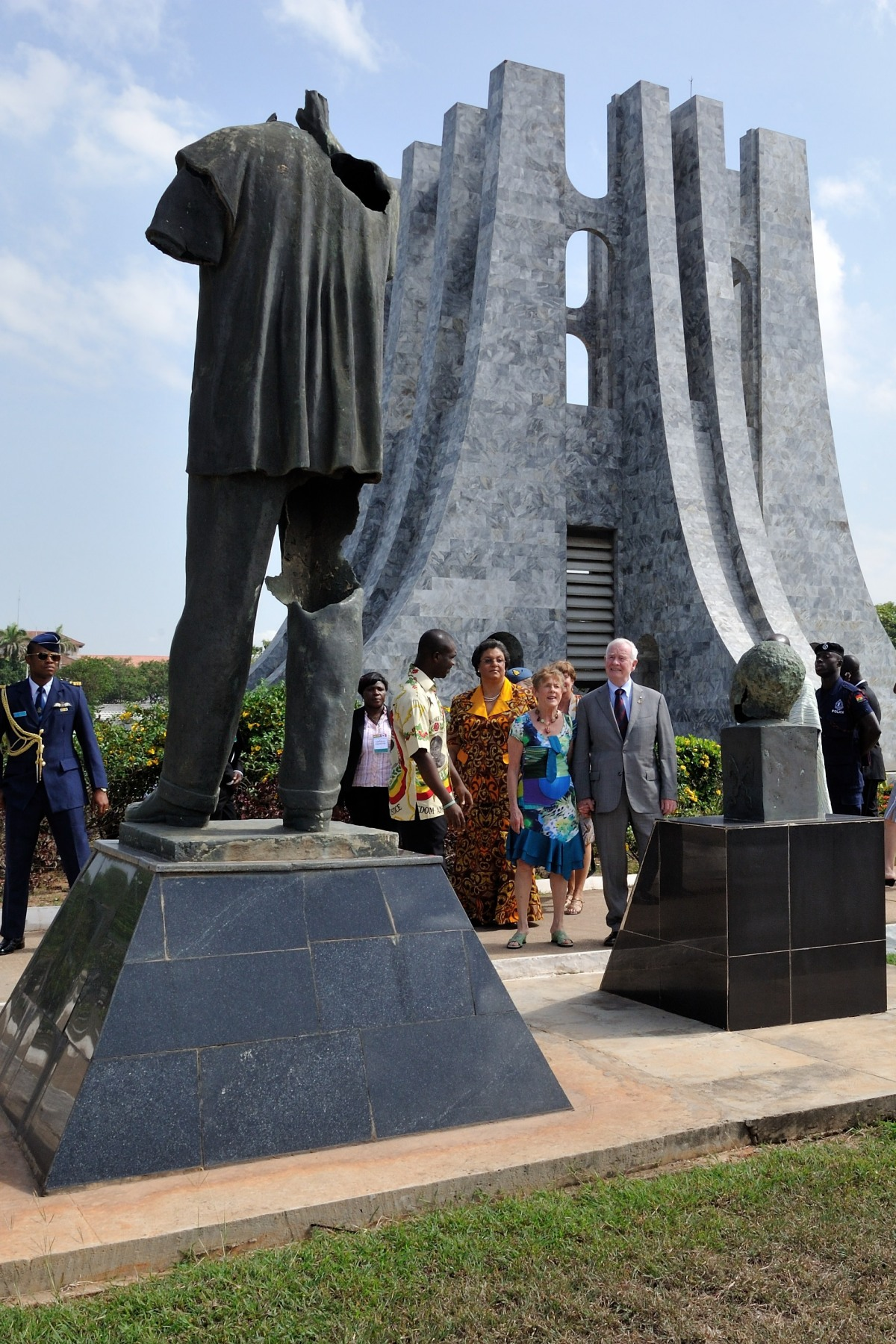 Following the ceremony, Their Excellencies took a minute to look at the statue of Dr. Kwame Nkrumah. The statue's head was cut off during a coup in 1966.