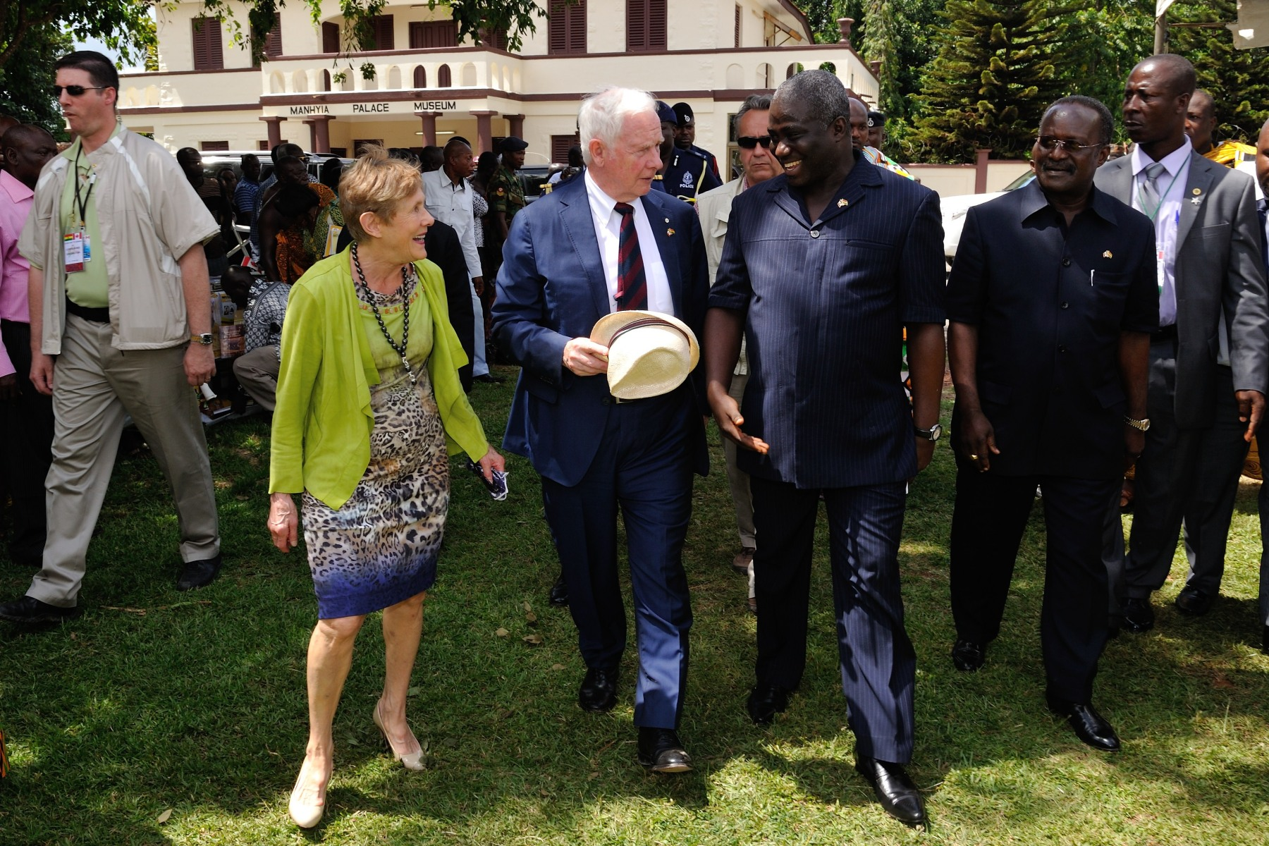 In the afternoon, Their Excellencies visited the Manhyia Palace.