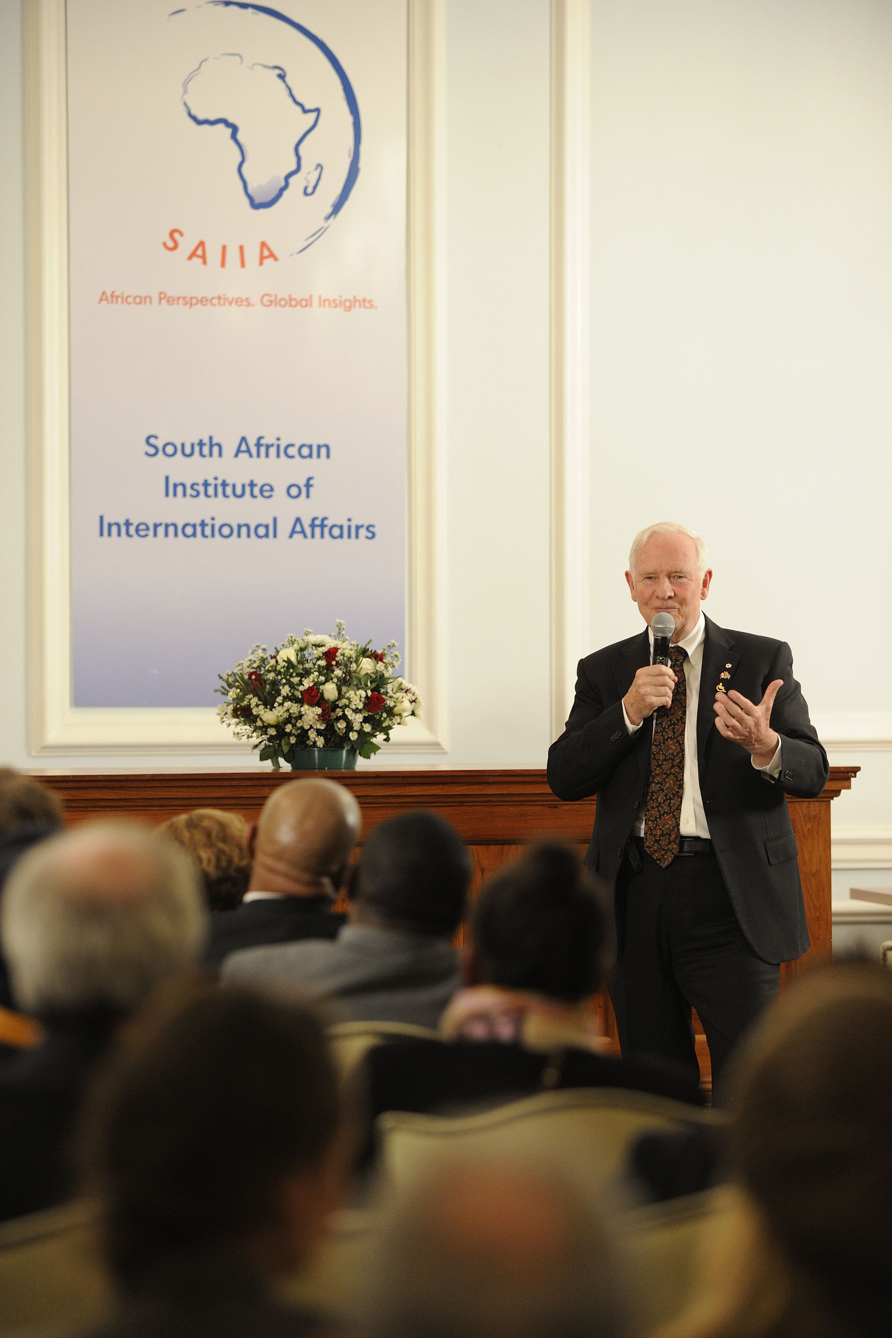 At the University of Witwatersrand in Johannesburg, His Excellency delivered a speech on Canada and South Africa relations to students, faculty staff and academics.