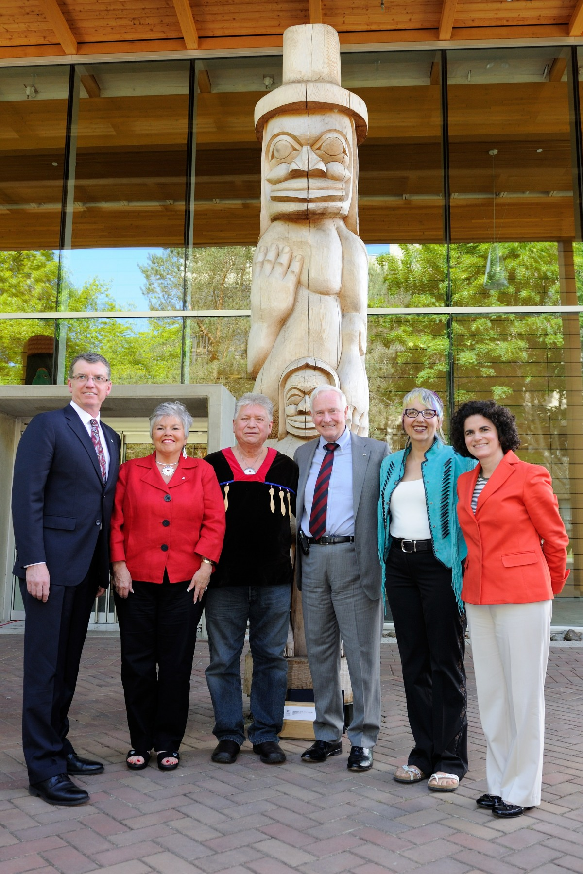 His Excellency posed with the panelists from the discussion on community-campus collaborations in Aboriginal communities.